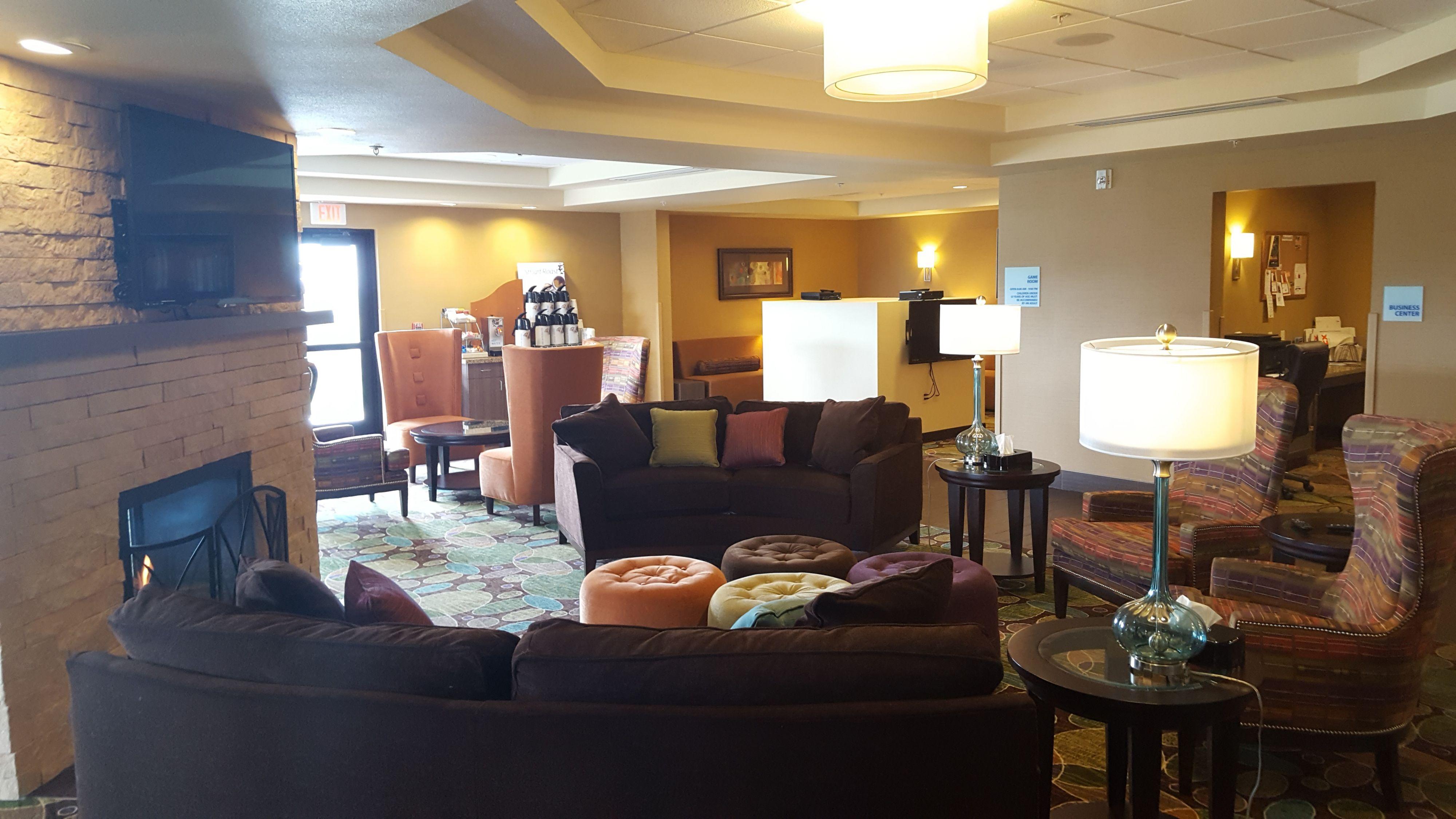Holiday Inn Express & Suites Pocatello image 5