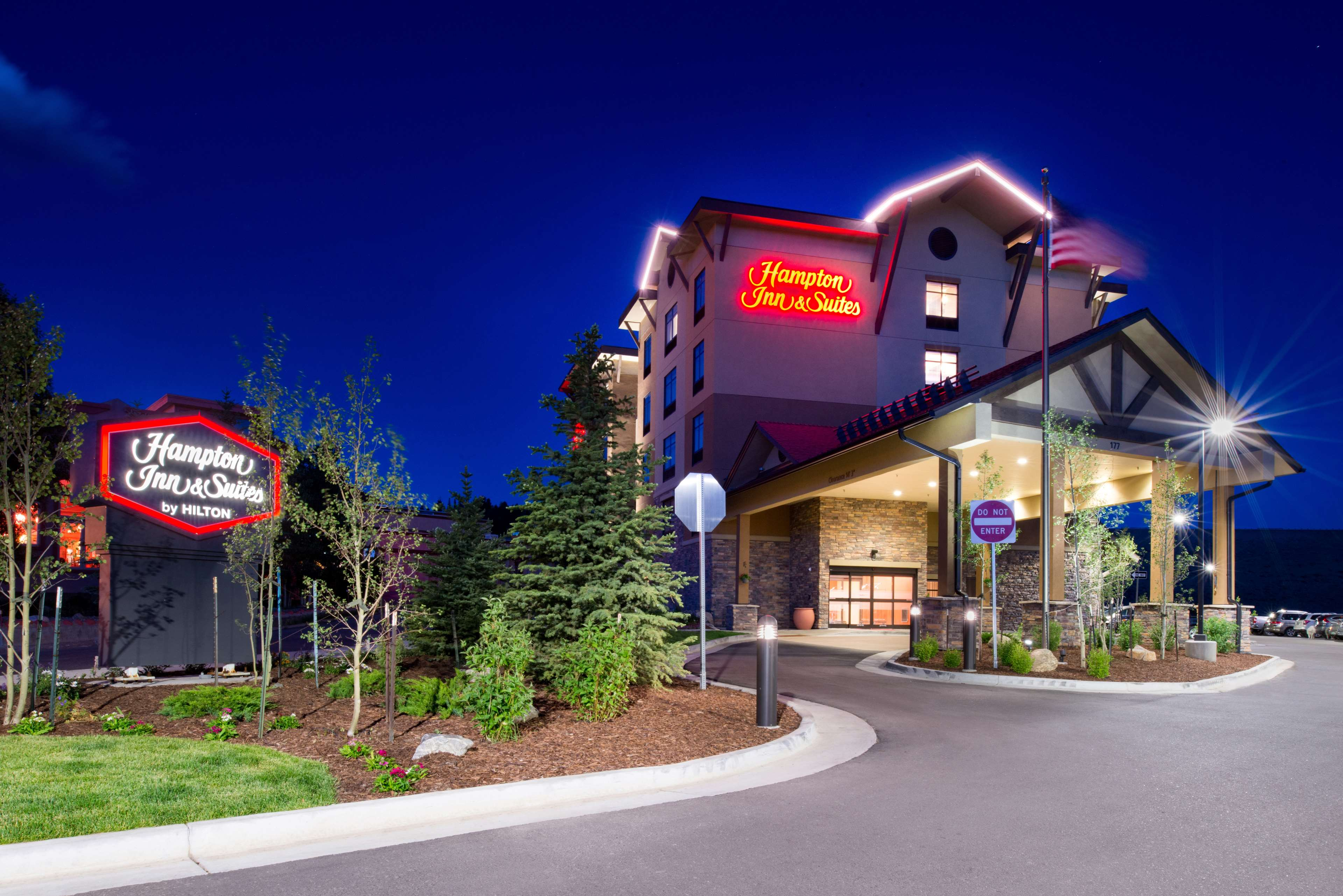 Hampton Inn & Suites Silverthorne image 0