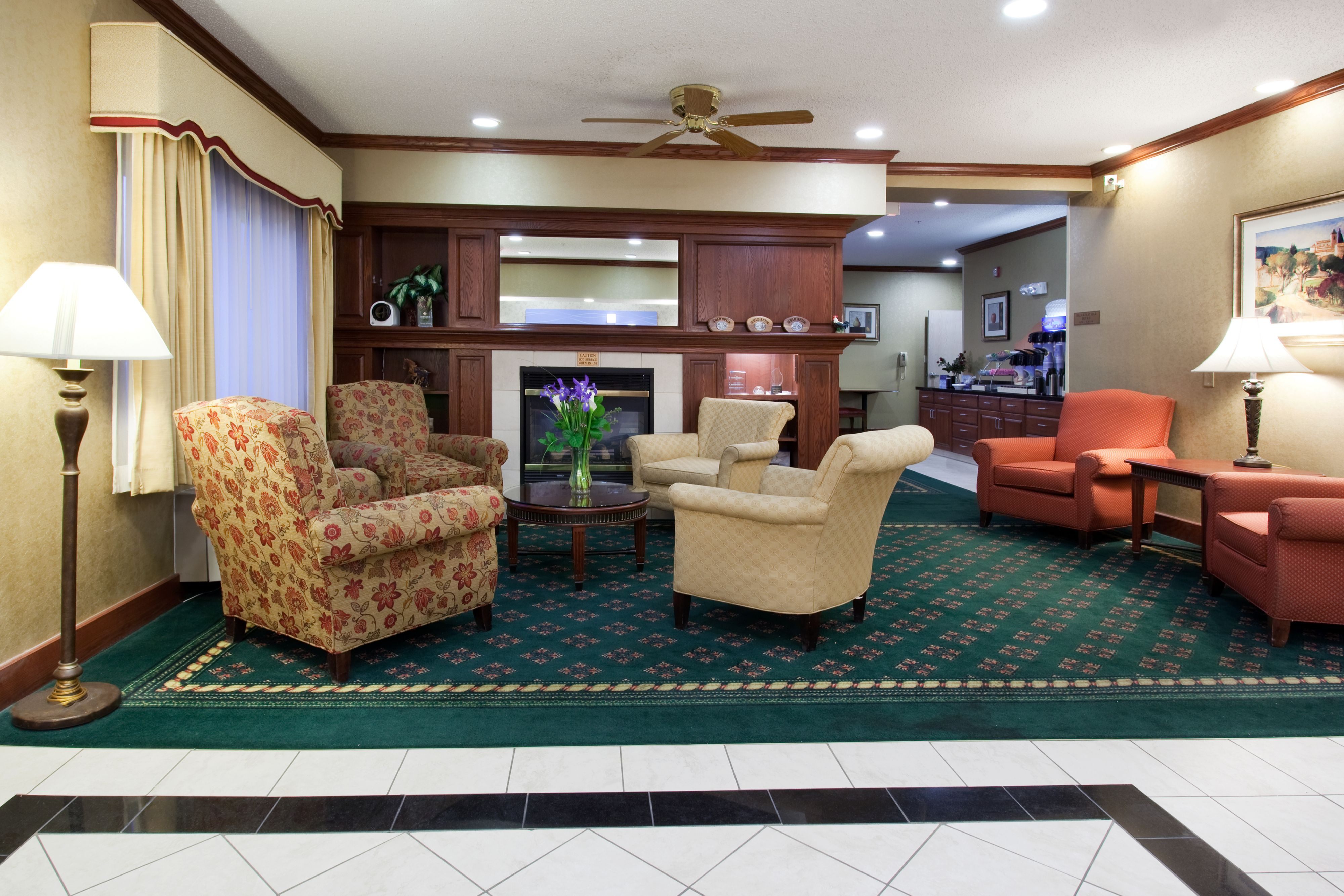 Holiday Inn Express Greeley image 6