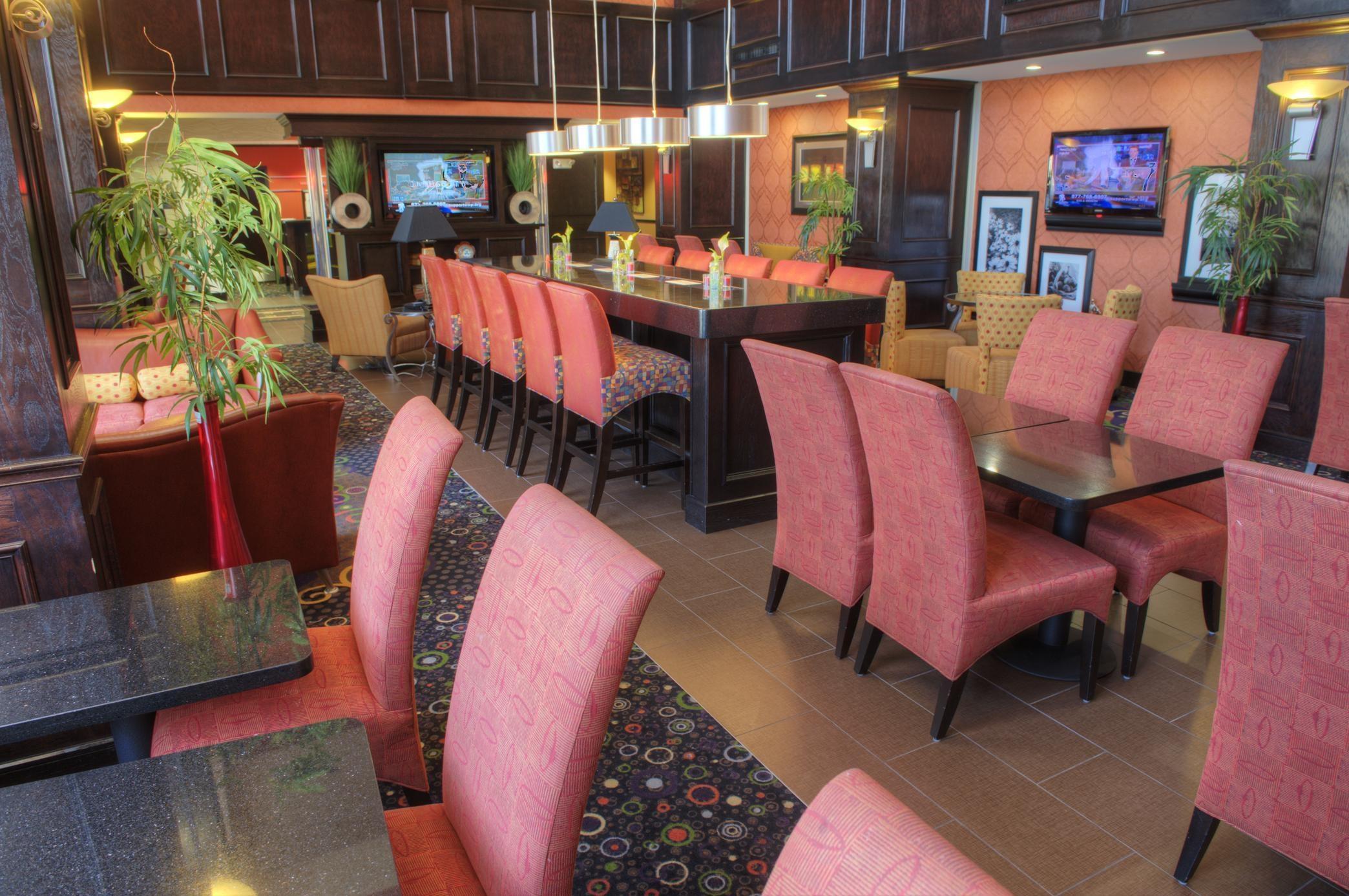 Hampton Inn & Suites Dallas/Lewisville-Vista Ridge Mall, TX image 6