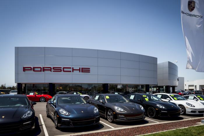 Porsche of fremont at 5740 cushing pkwy fremont ca on fave for Honda fremont auto mall