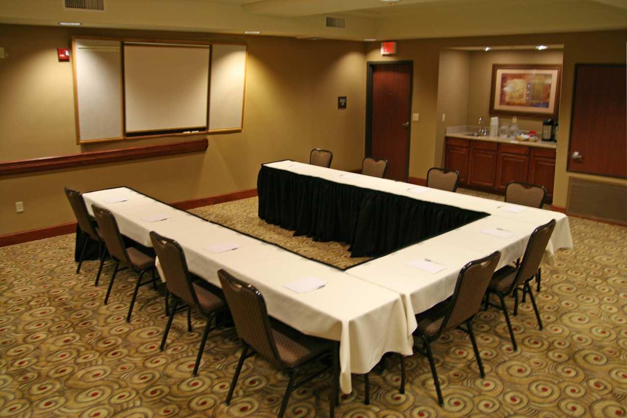 Hampton Inn & Suites Phoenix-Surprise image 8