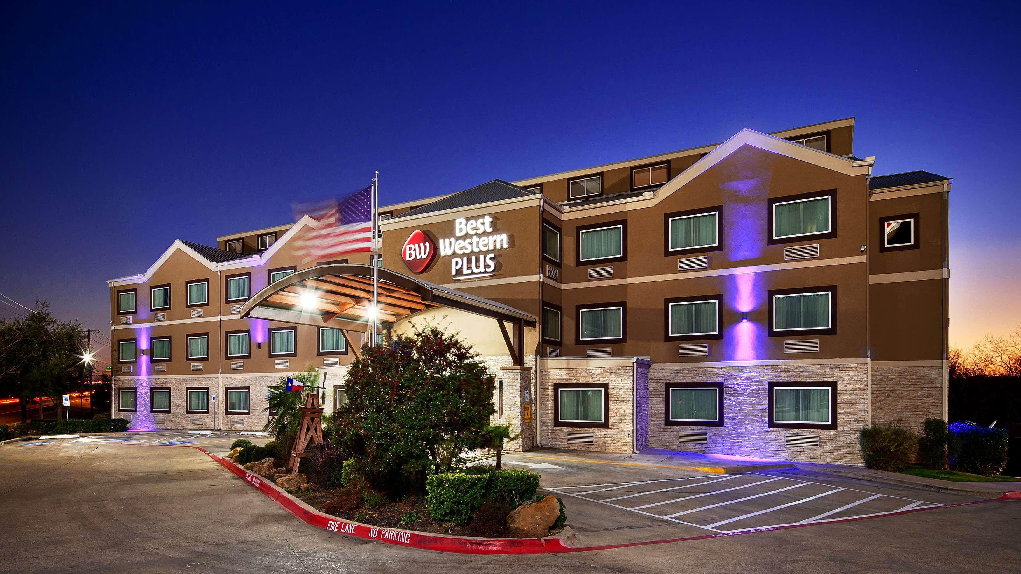 Best Western Plus Arlington North Hotel & Suites image 1