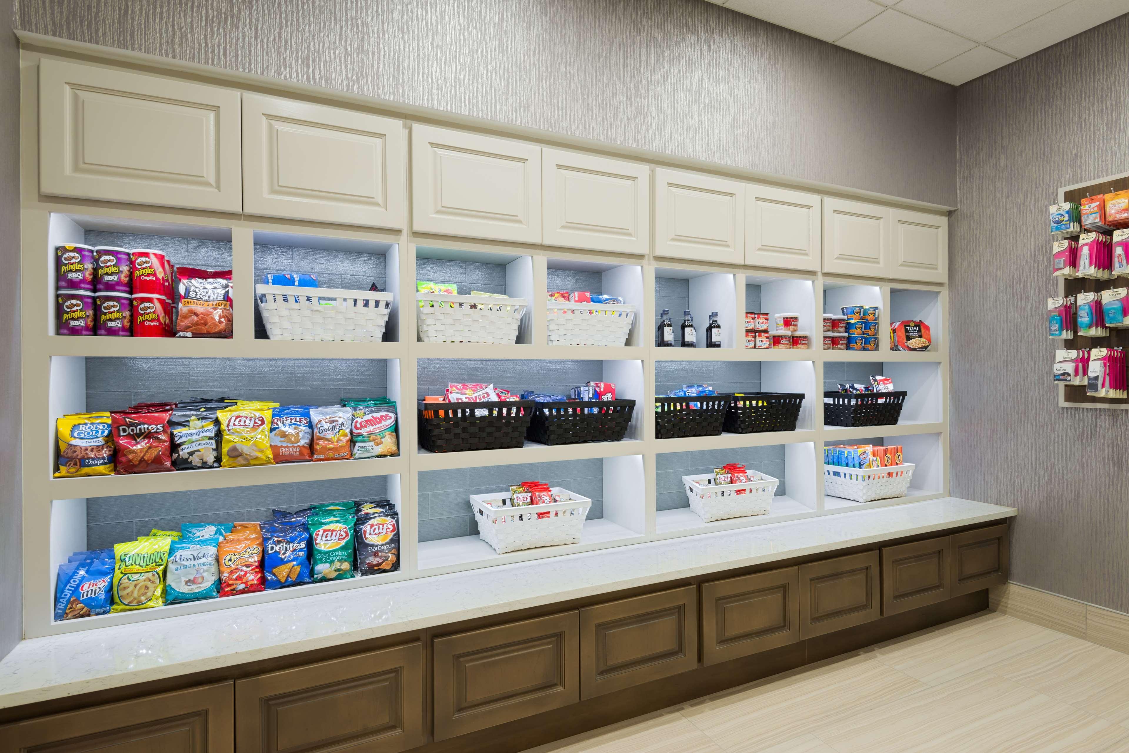 Homewood Suites by Hilton Orlando-UCF Area image 8