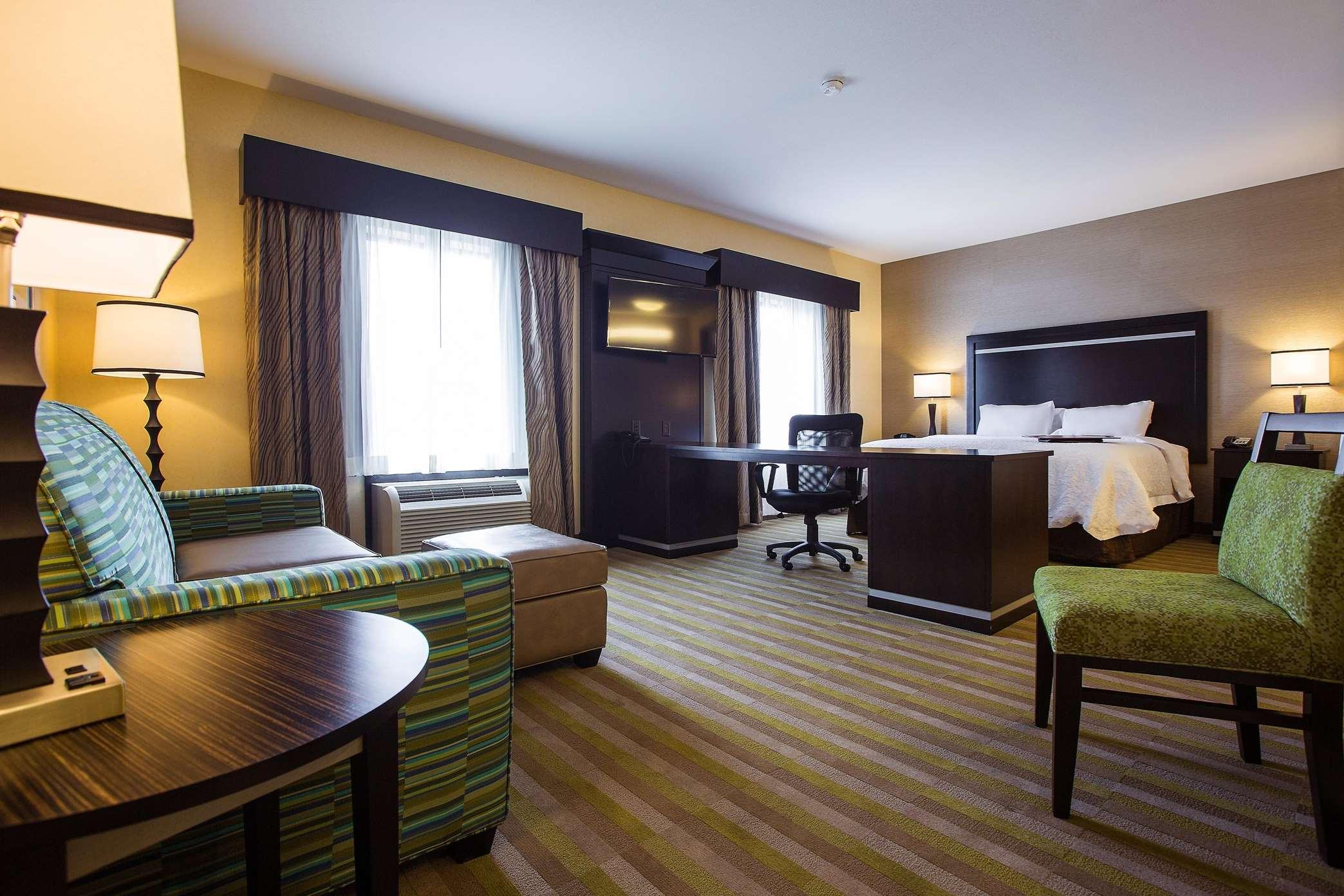 Hampton Inn & Suites Toledo/Westgate image 14