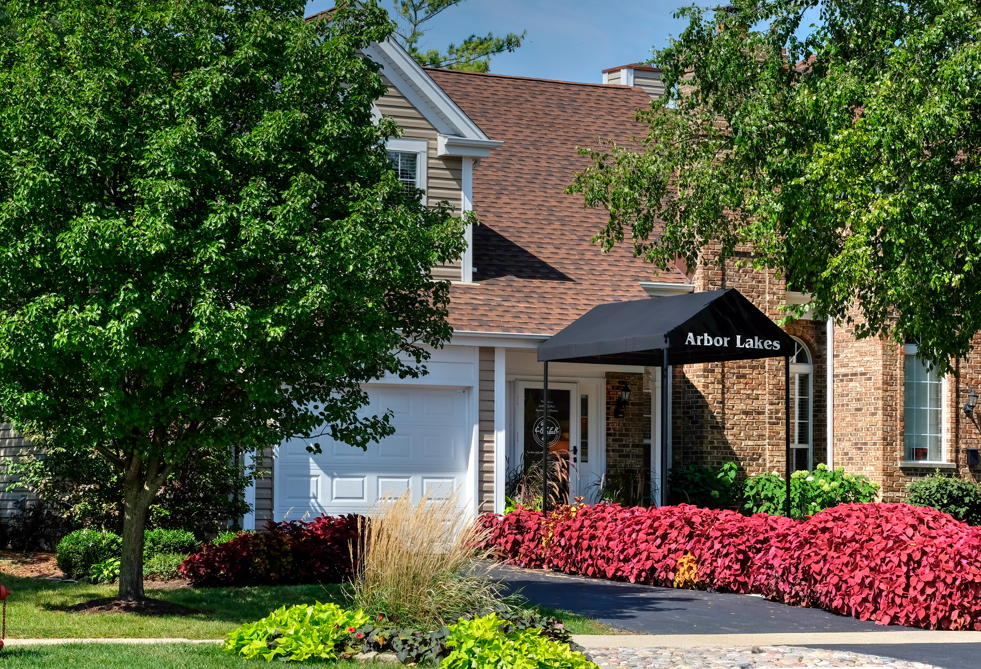 Arbor Lakes Apartments in Arlington Heights, IL | Whitepages