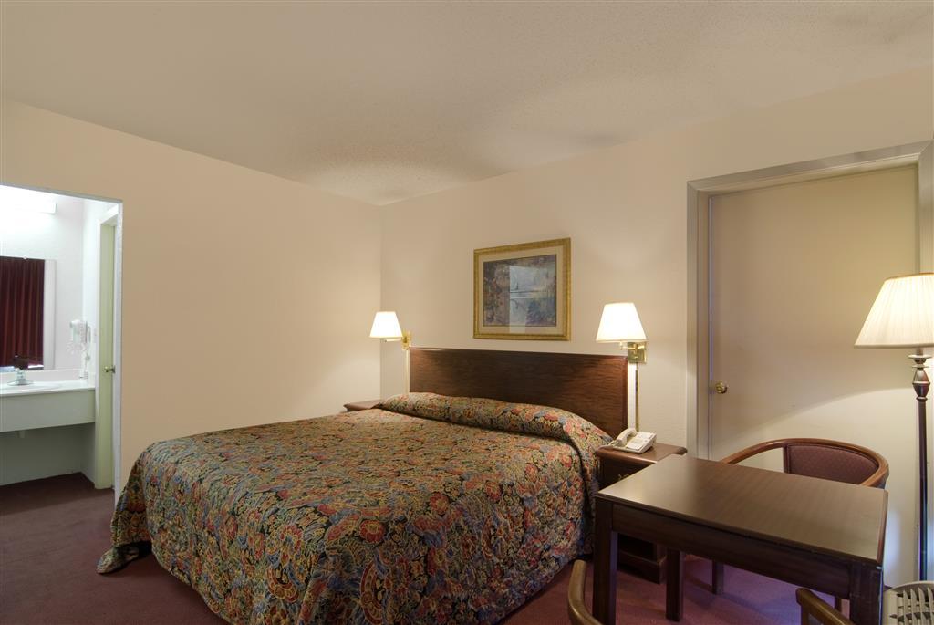 Americas Best Value Inn & Suites Searcy image 6