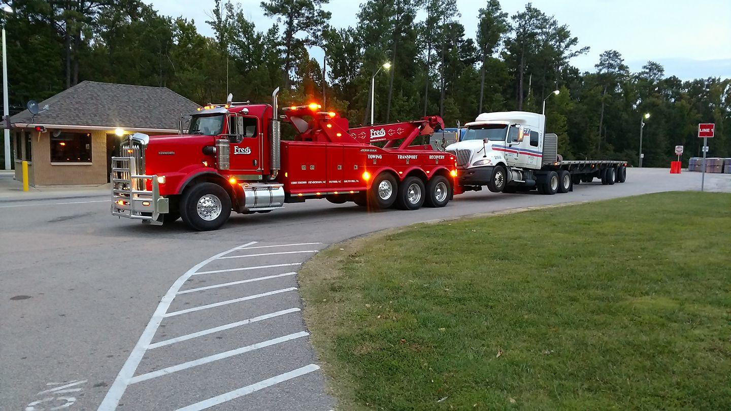 Fred's Towing & Transport image 14