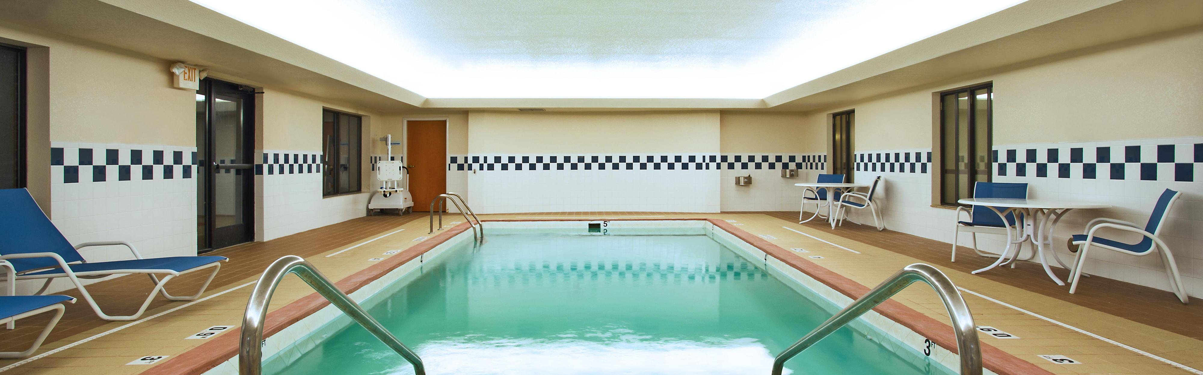 Holiday Inn Express & Suites East Lansing image 2