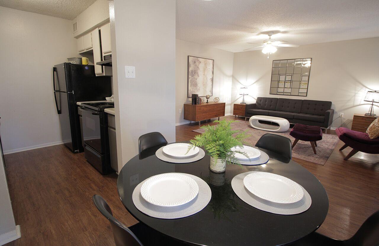 The Hub at Baton Rouge Apartment Homes image 32