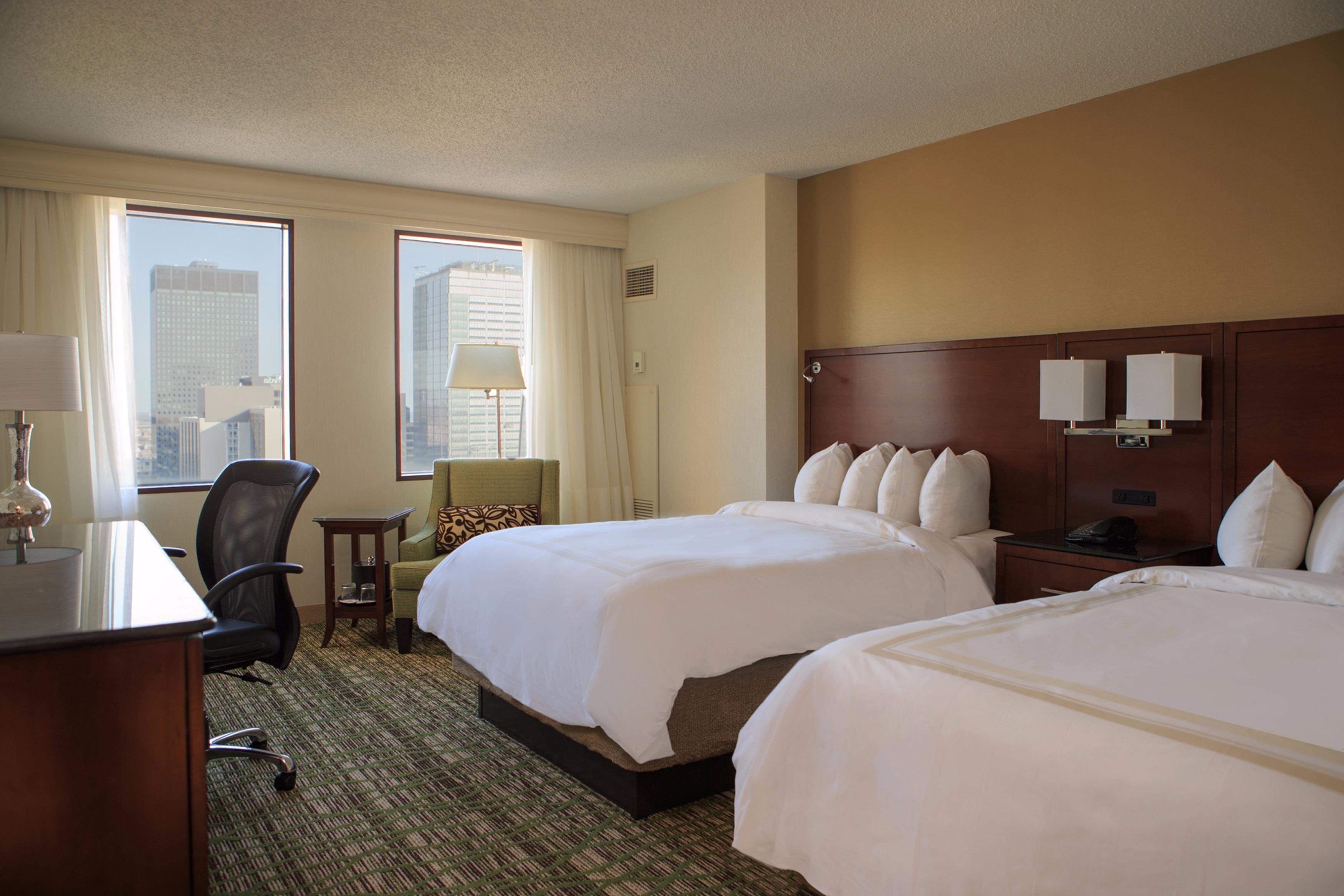 Relax and recharge in the modern comfort of thoroughly redesigned guest rooms, featuring Marriott signature bedding and exceptional amenities.