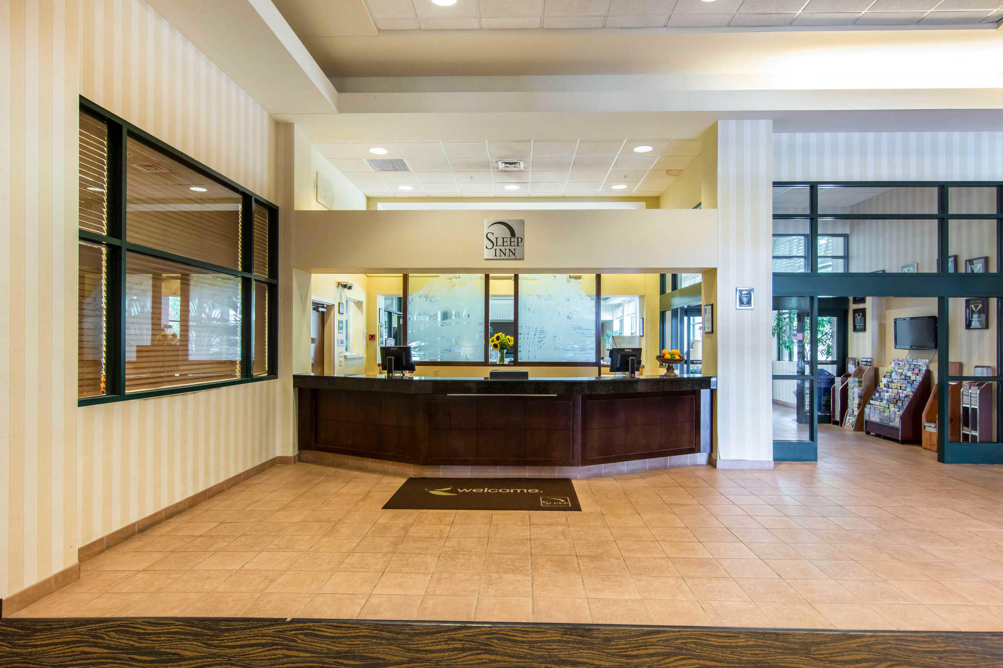 Sleep Inn Lake Wright - Norfolk Airport image 4