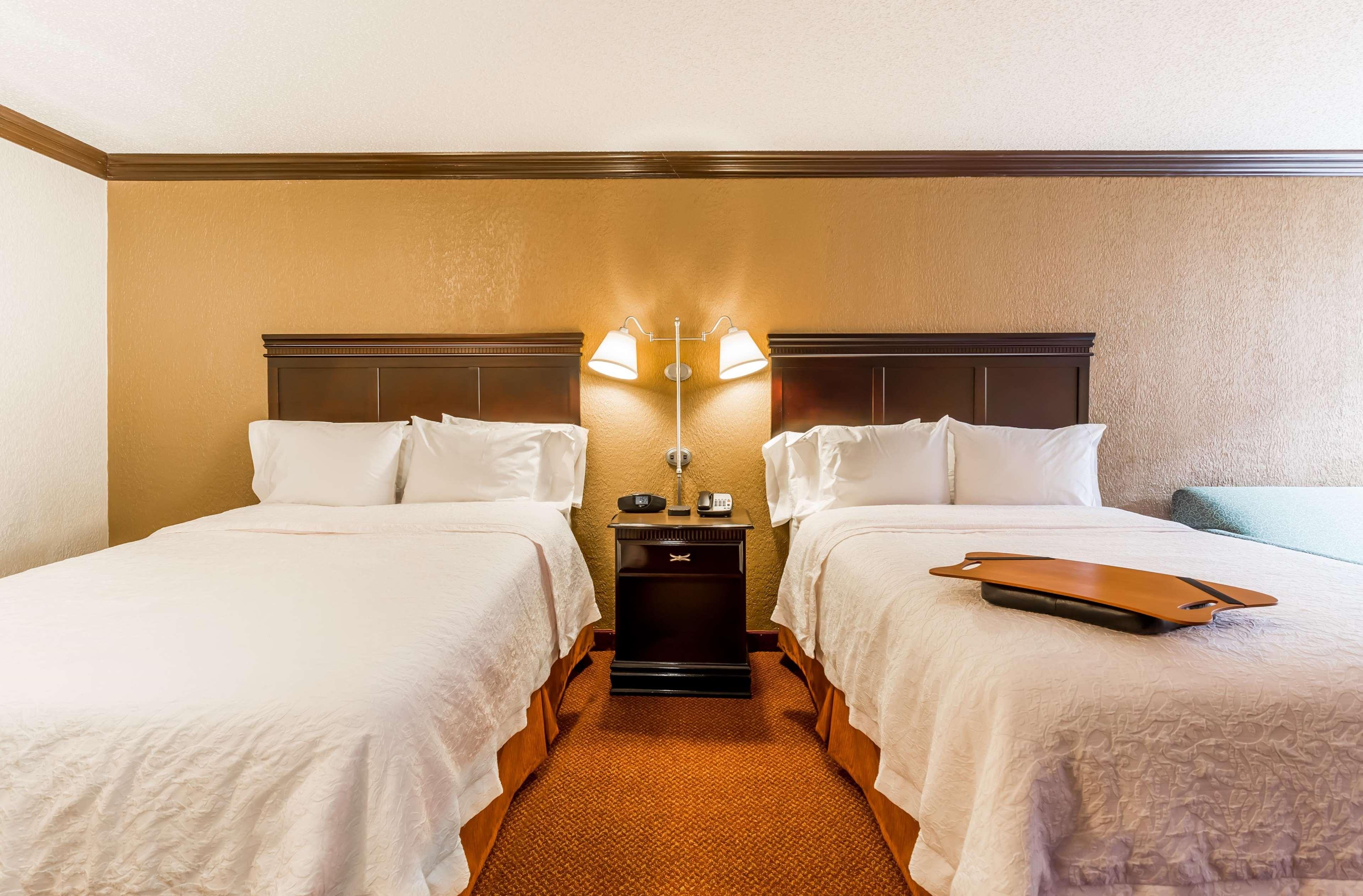 Hampton Inn & Suites Chicago/Hoffman Estates image 39