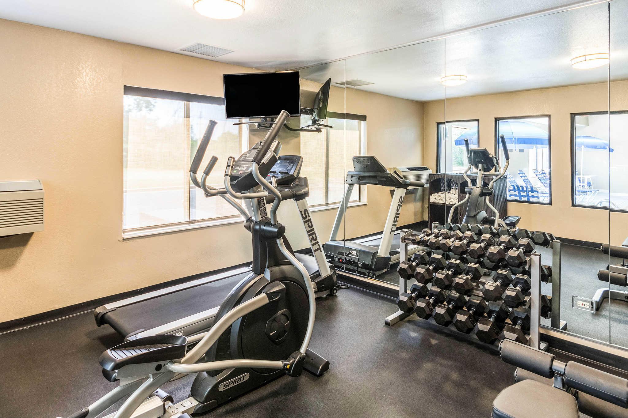Comfort Inn & Suites North Aurora - Naperville image 36