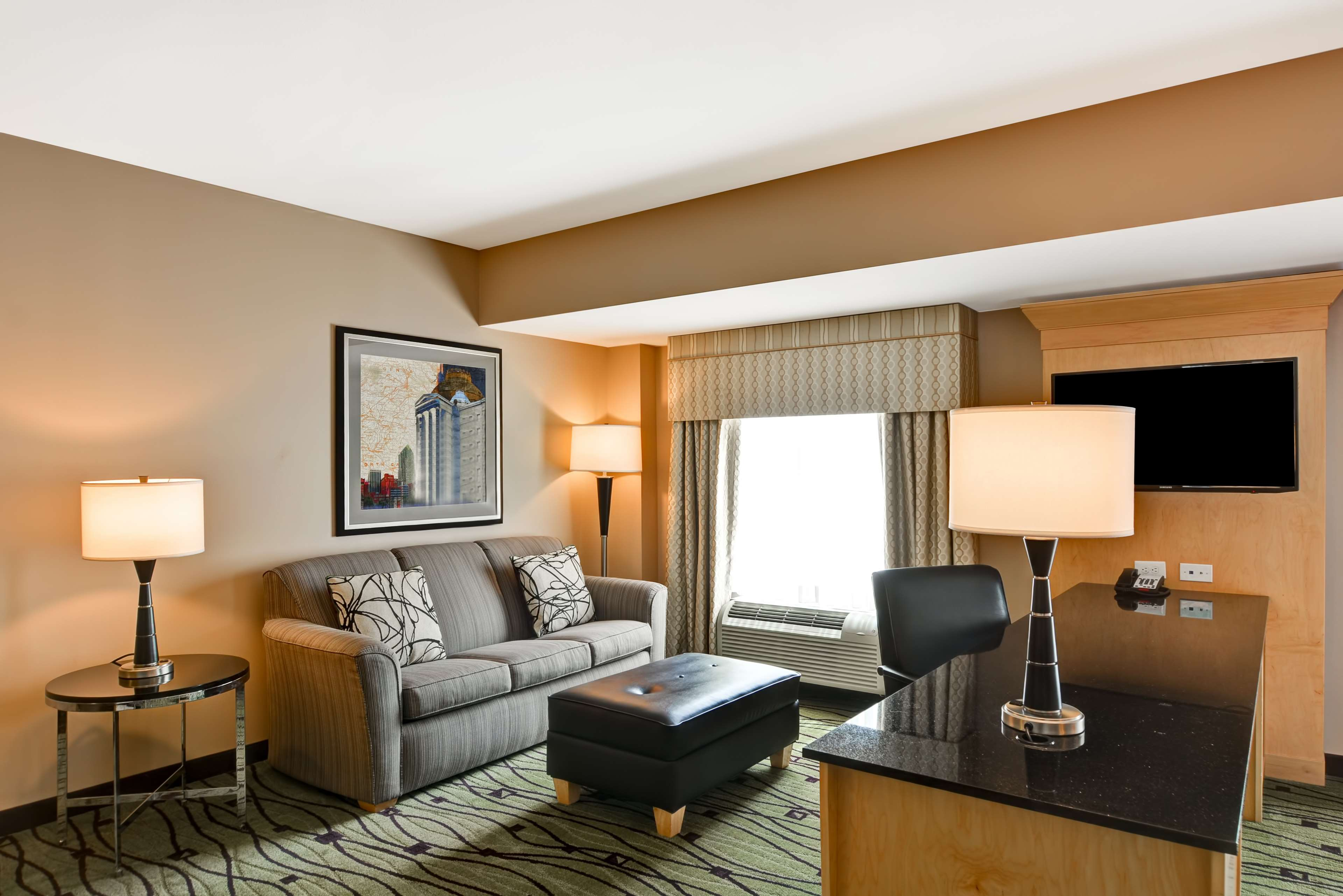Hampton Inn & Suites Raleigh/Crabtree Valley image 33