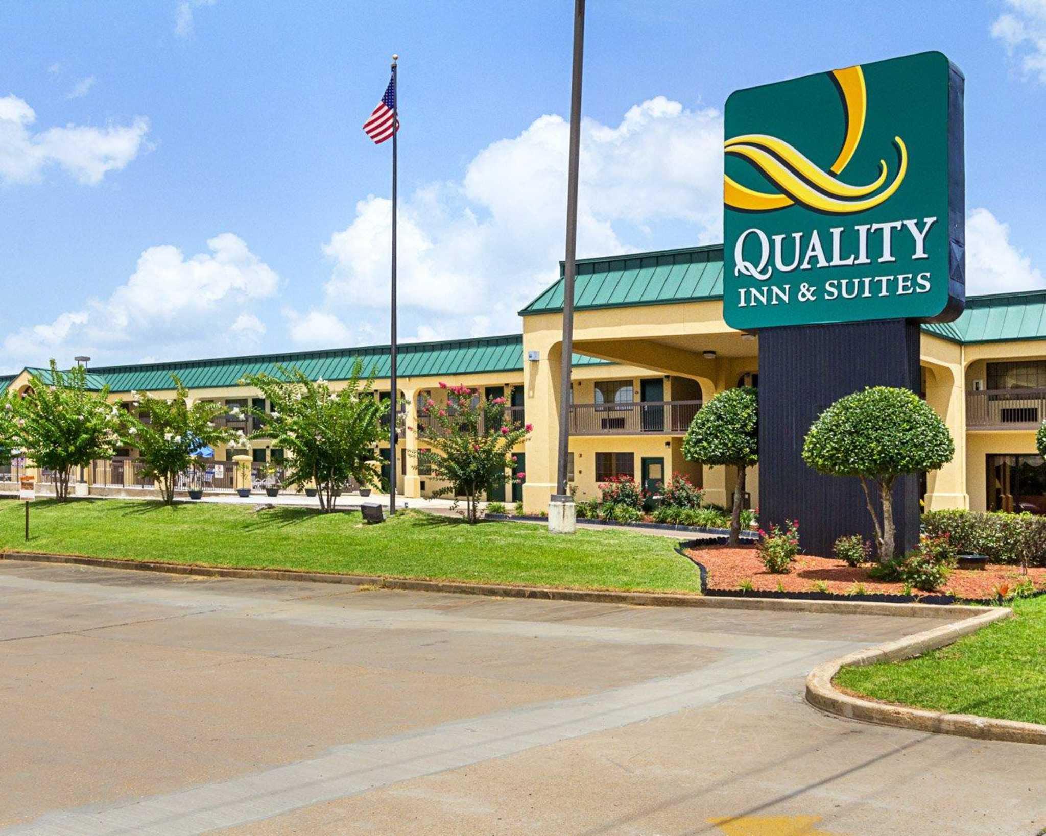 Quality Inn & Suites Southwest image 0