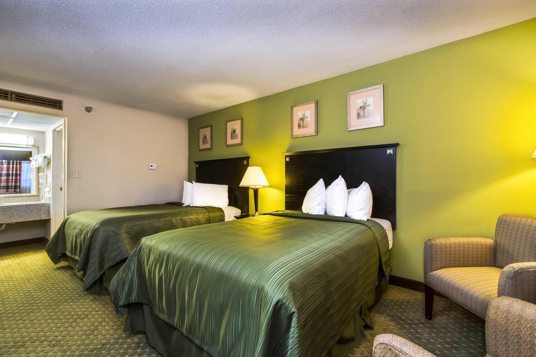Quality Inn & Suites Moline - Quad Cities image 7