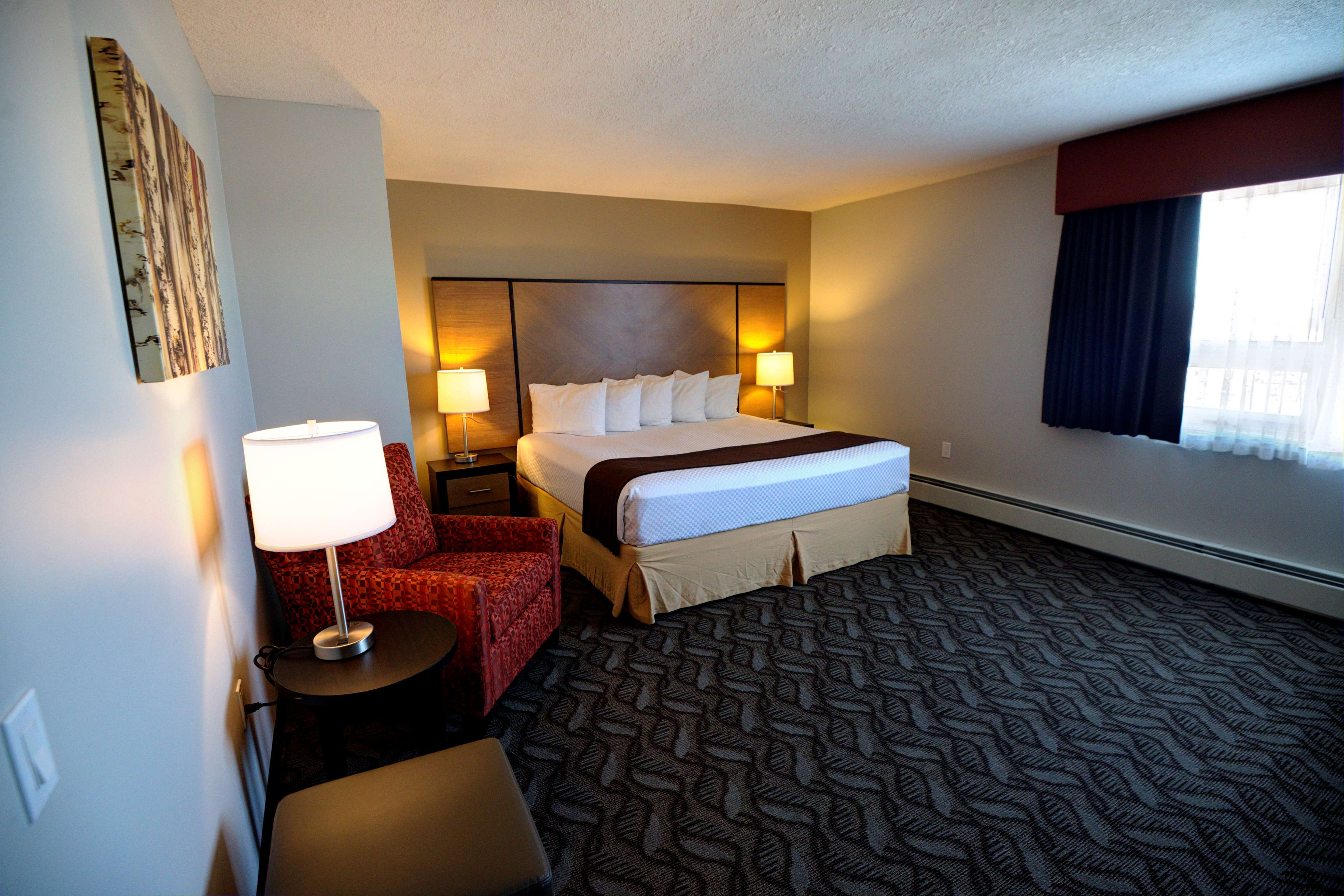 Best Western Airdrie in Airdrie: King