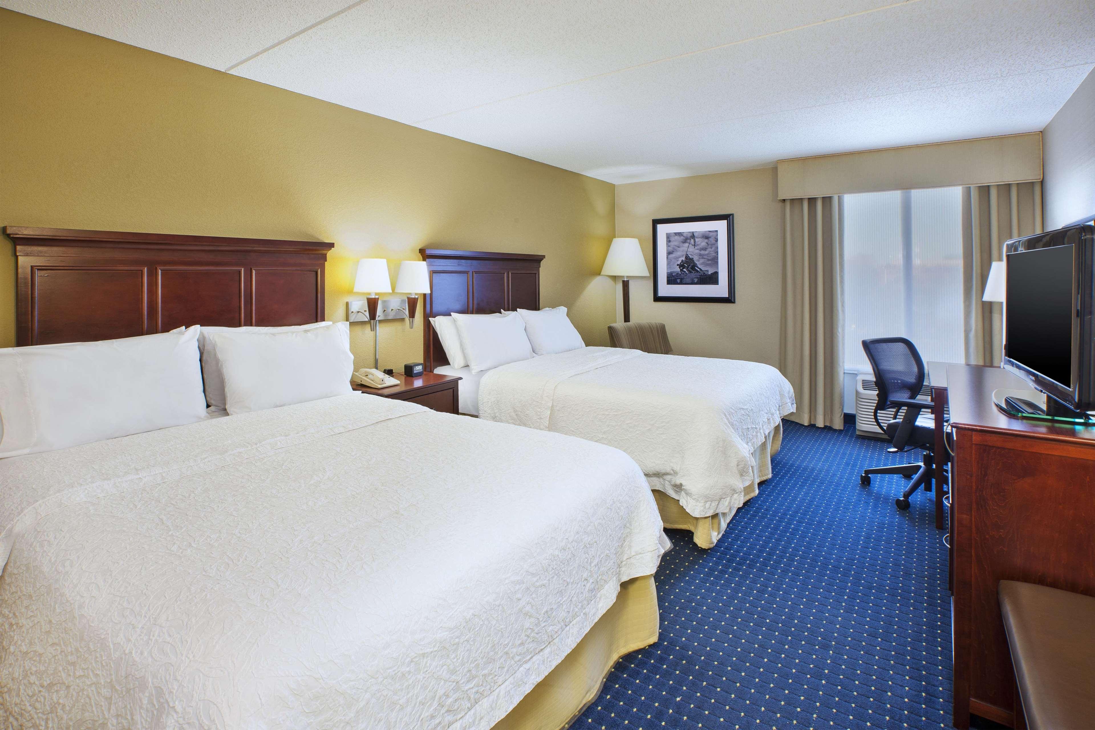Hampton Inn Dulles/Cascades image 18