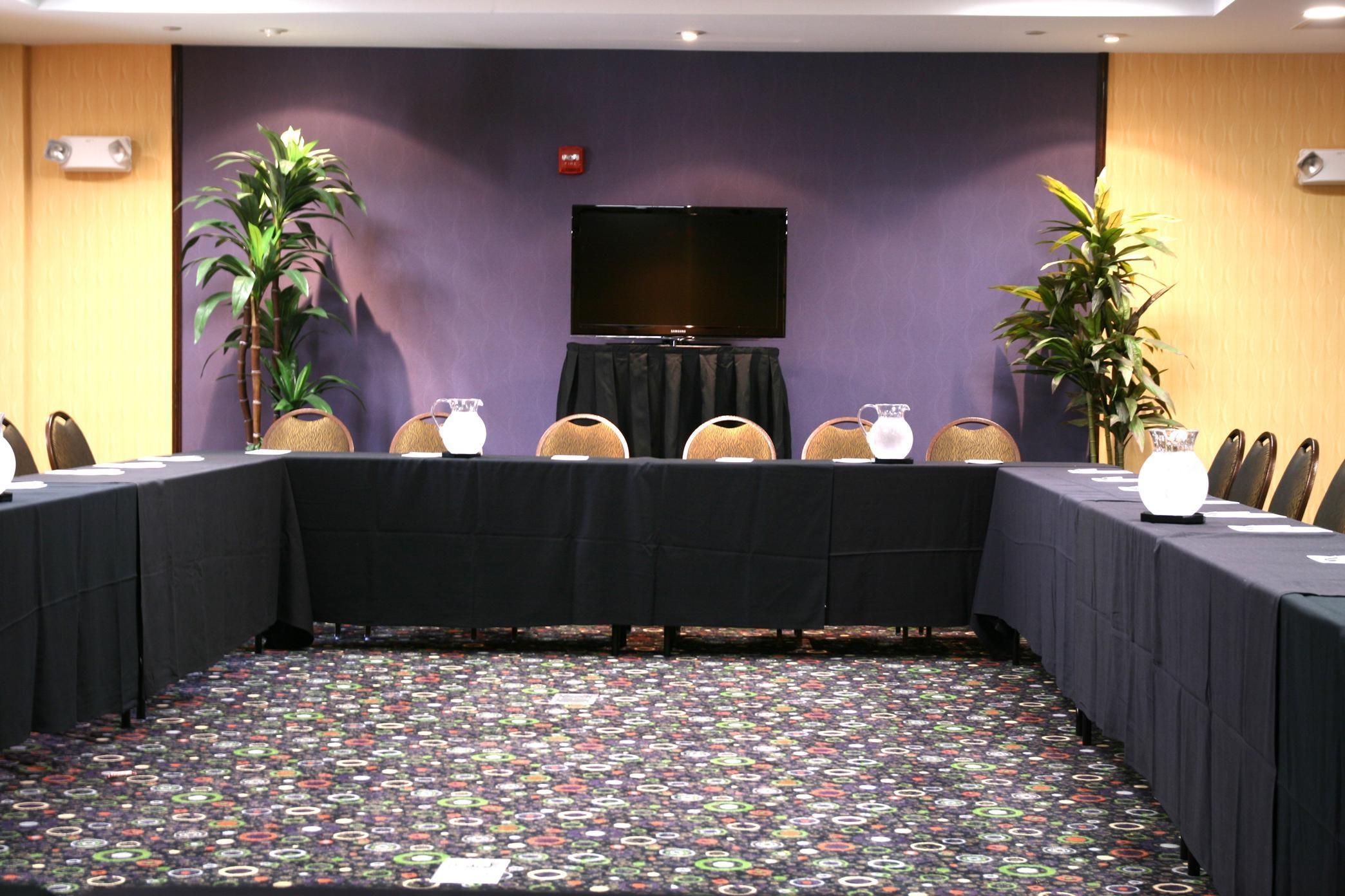 Hampton Inn & Suites Dallas/Lewisville-Vista Ridge Mall, TX image 27