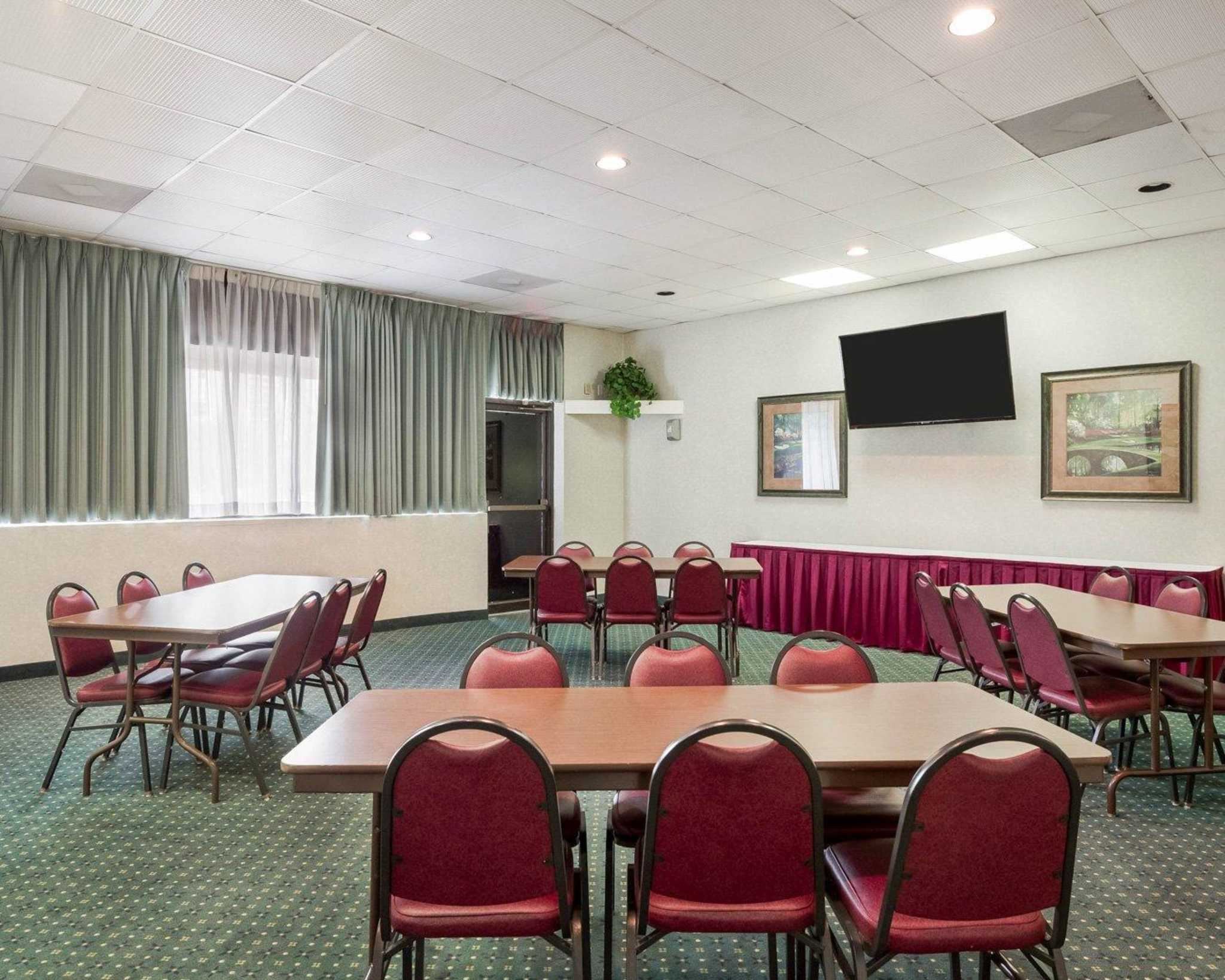 Comfort Inn Gold Coast image 26