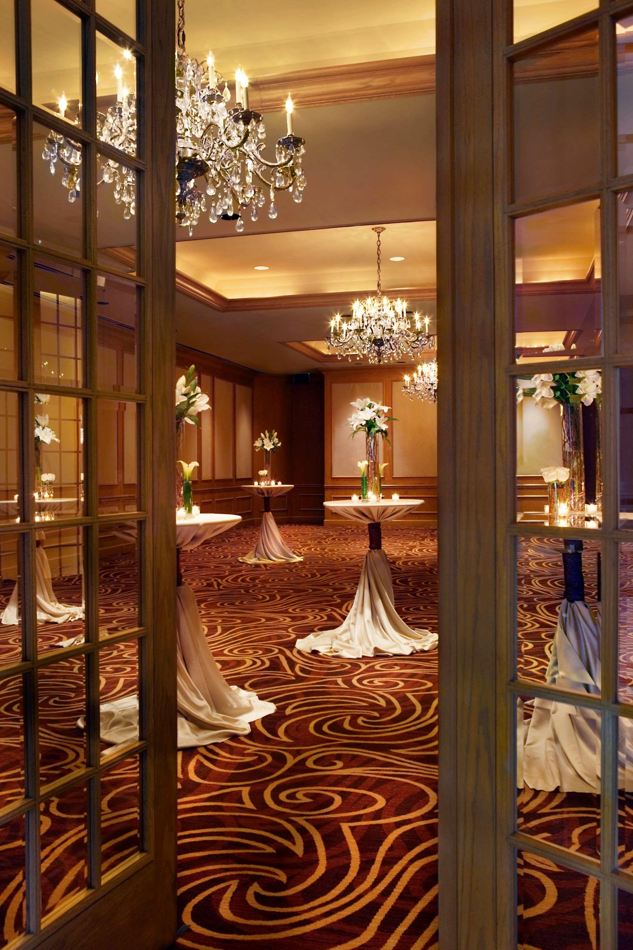Hilton Rosemont/Chicago O'Hare image 19