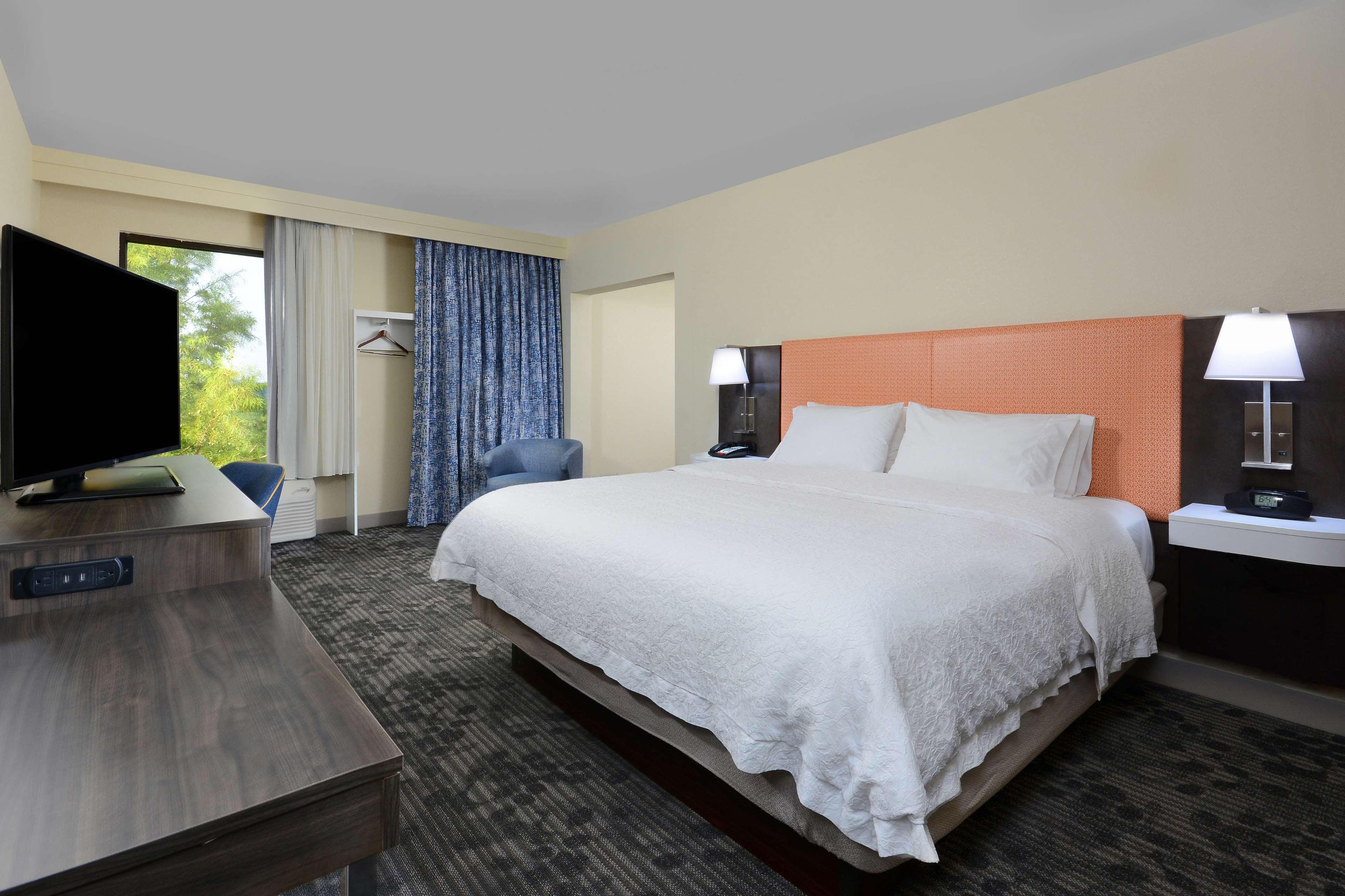 Hampton Inn & Suites Greenville/Spartanburg I-85 image 44