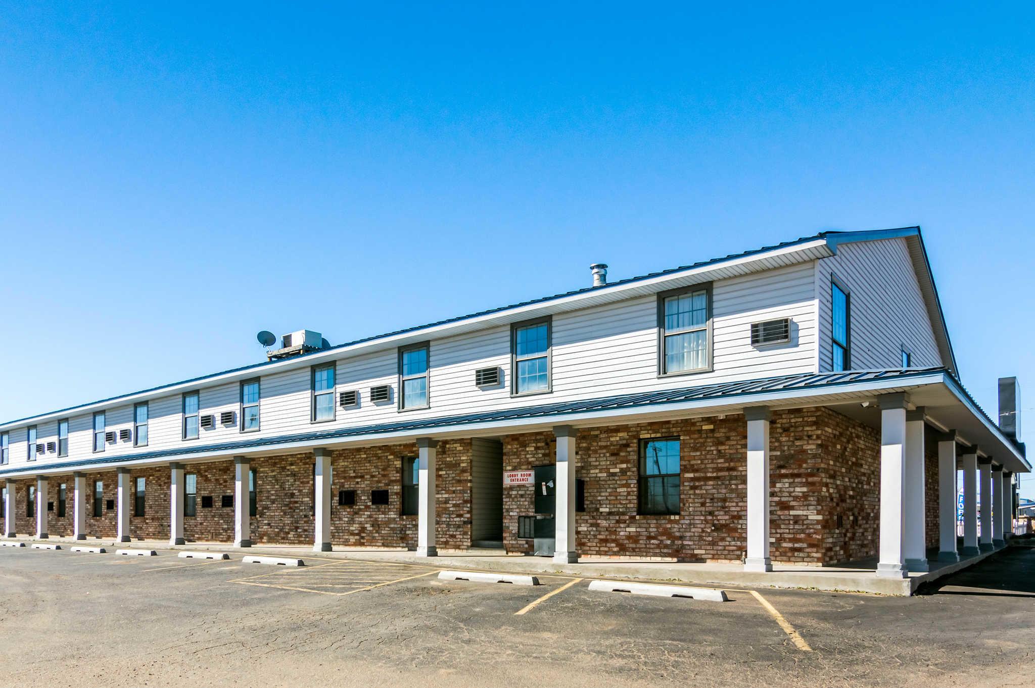 Econo Lodge image 29