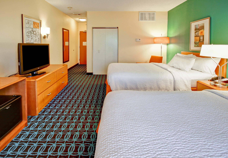 Fairfield Inn & Suites by Marriott Saratoga Malta image 2