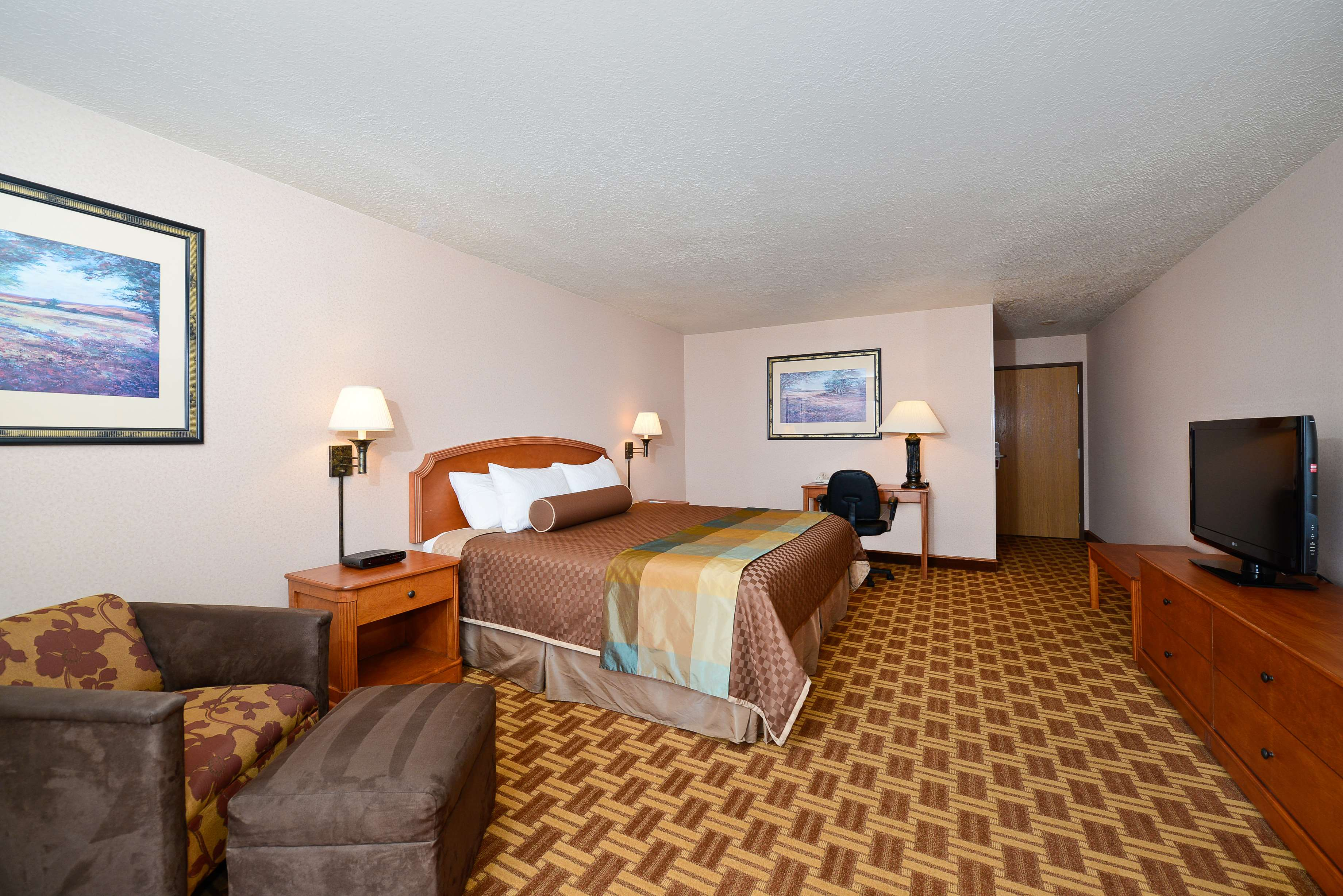 Best Western Harbour Pointe Lakefront image 22