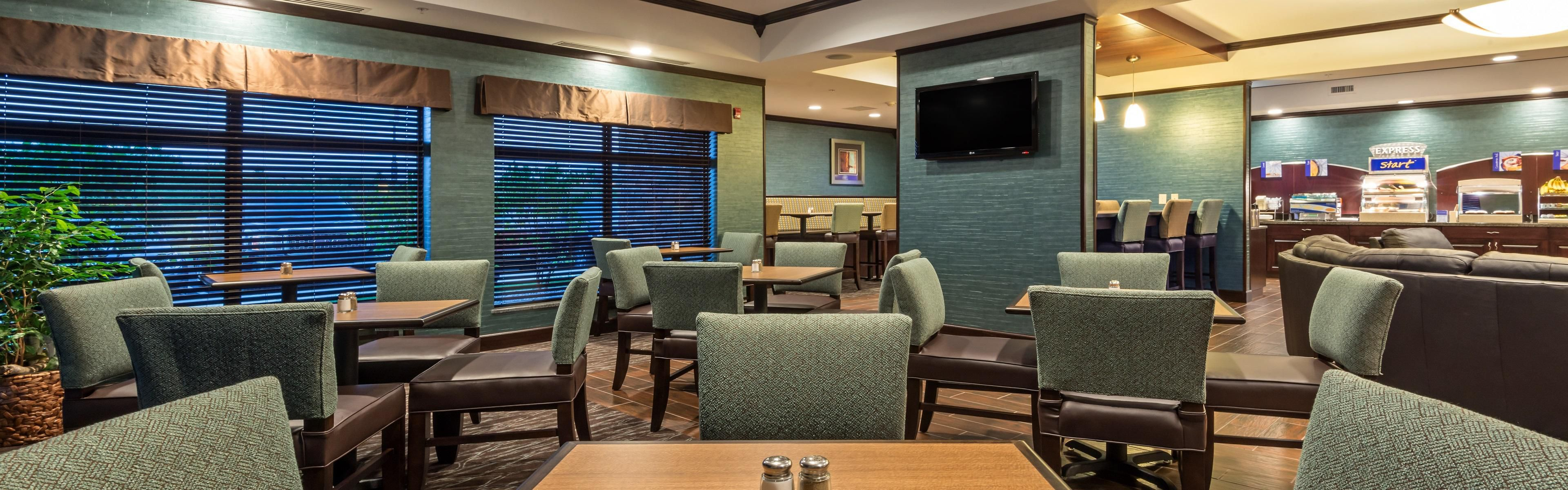 Holiday Inn Express & Suites Butte image 3