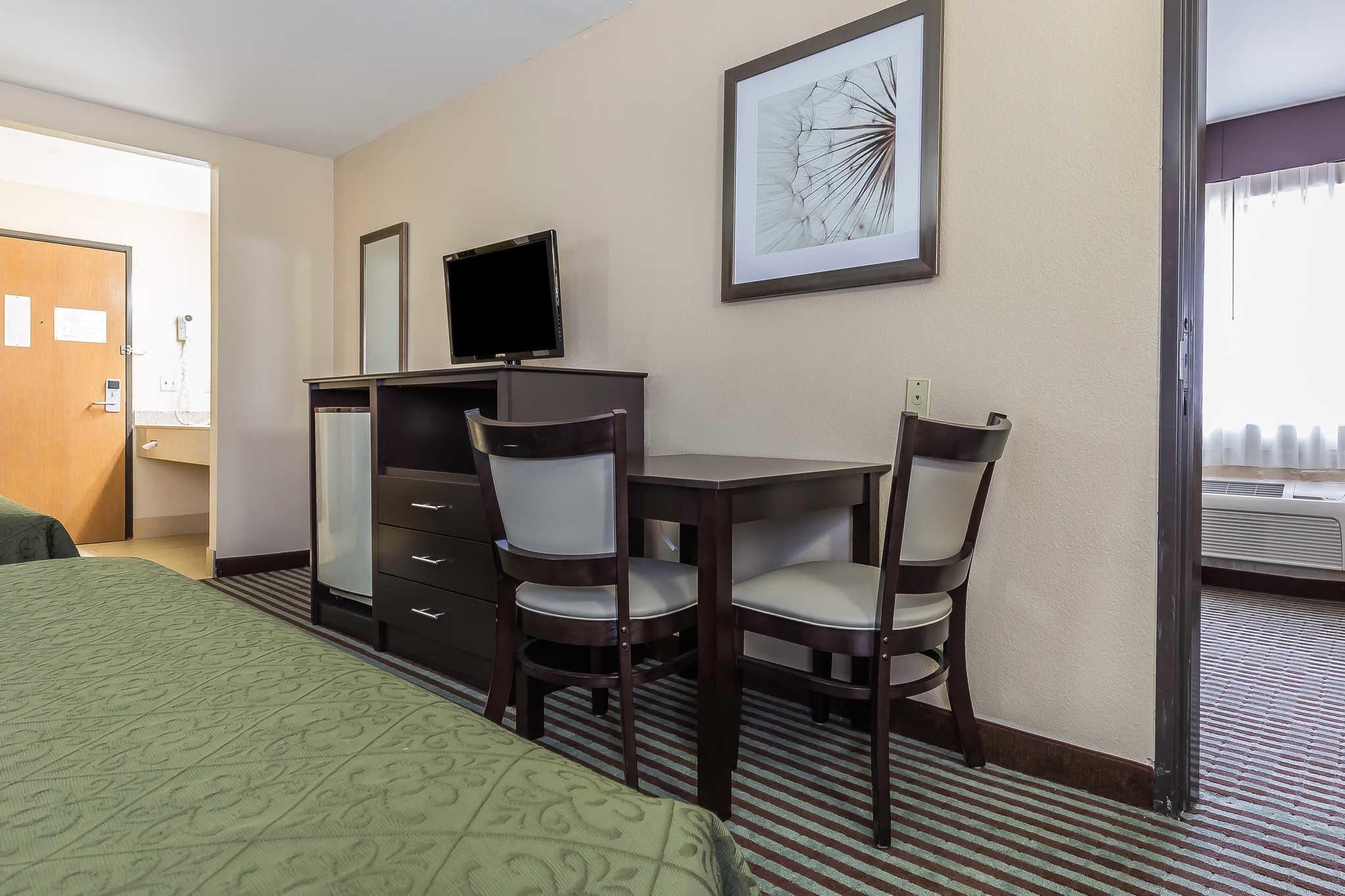 Quality Inn image 26