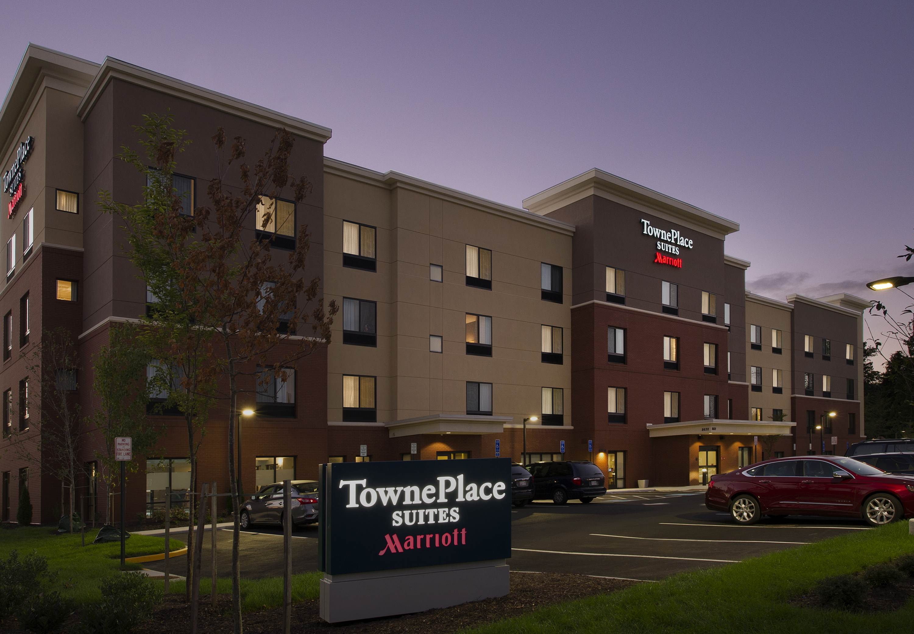 TownePlace Suites by Marriott Alexandria Fort Belvoir image 1