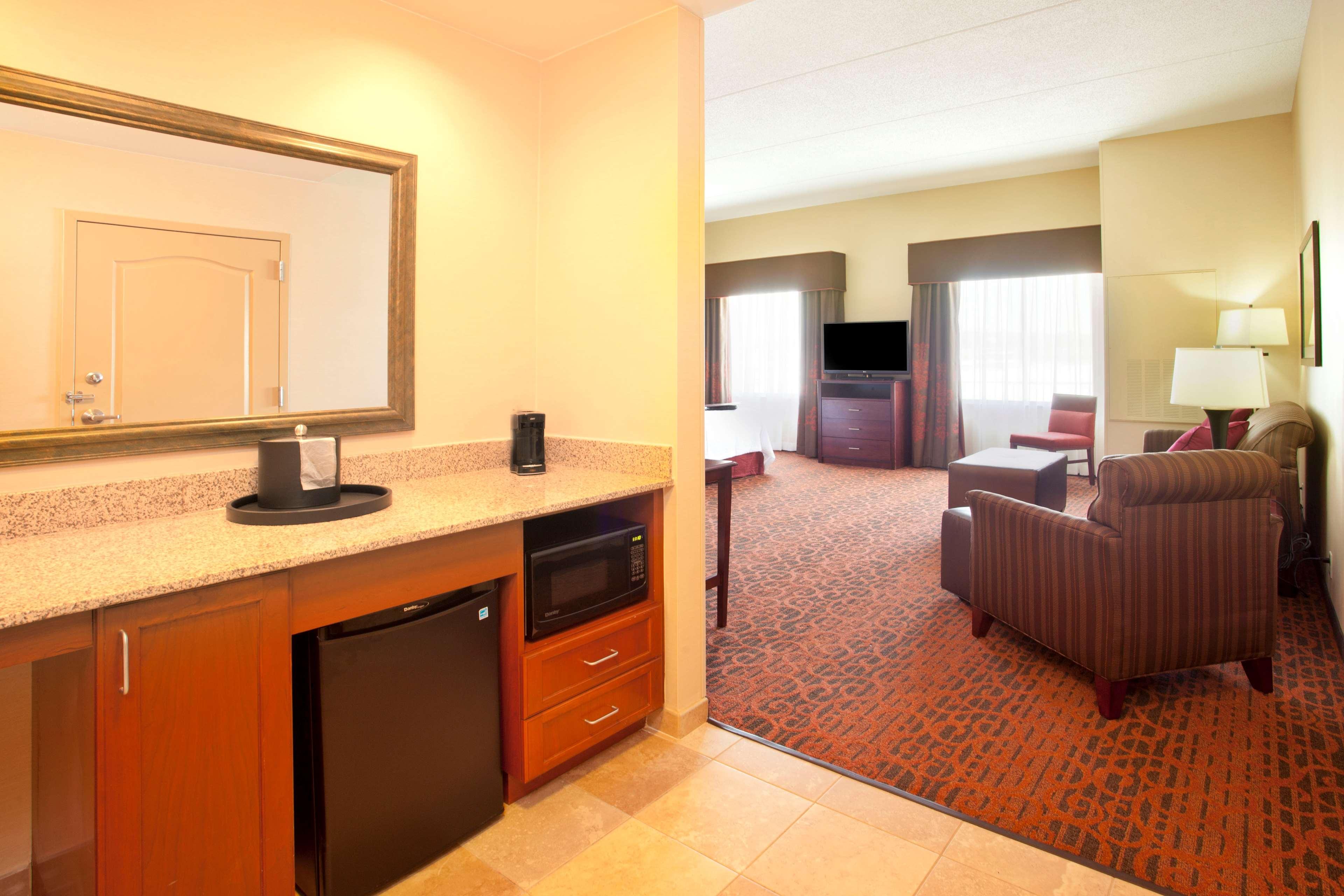 Hampton Inn Suites Minneapolis St Paul Arpt-Mall of America image 16