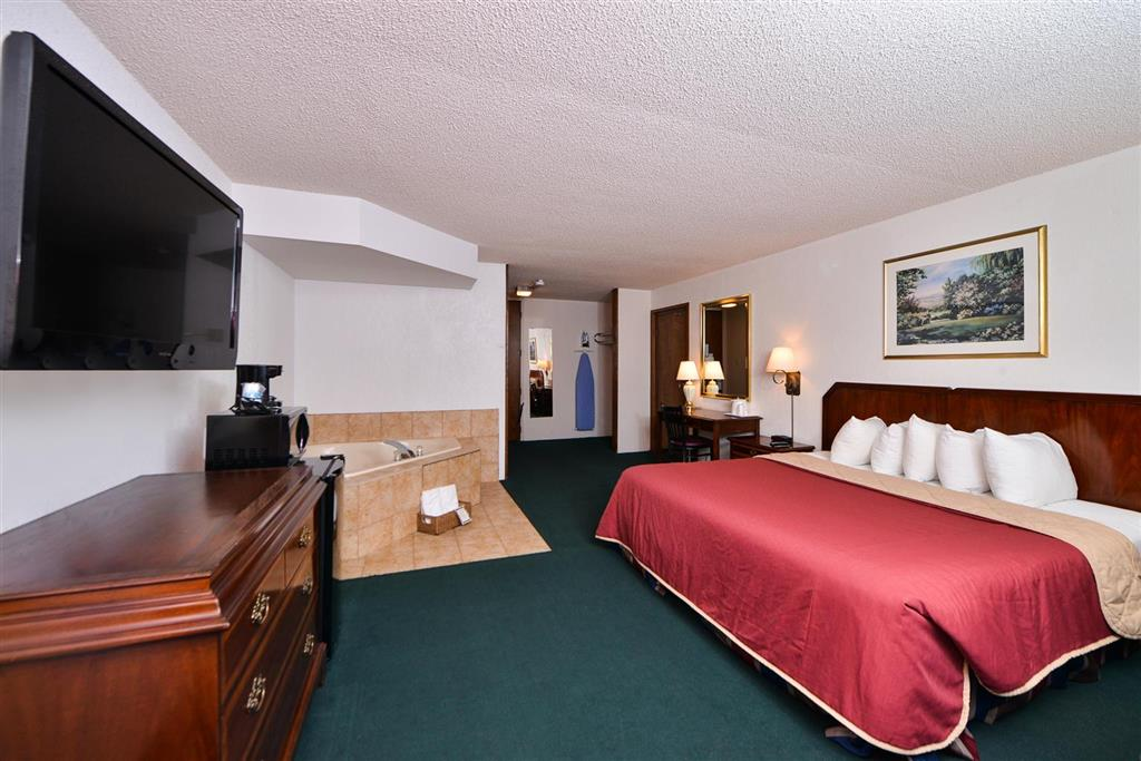 Americas Best Value Inn Albert Lea image 6