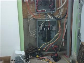 Constant Electrique Inc à Granby