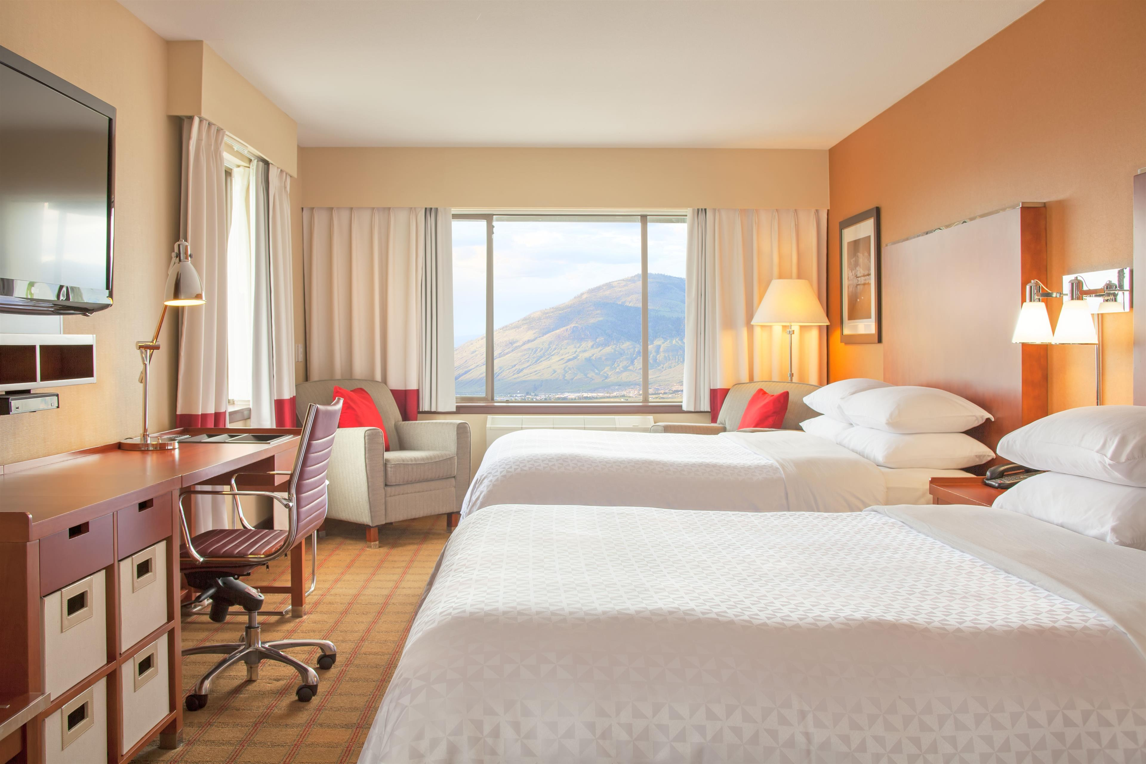 Four Points by Sheraton Kamloops in Kamloops: Traditional queen/queen room