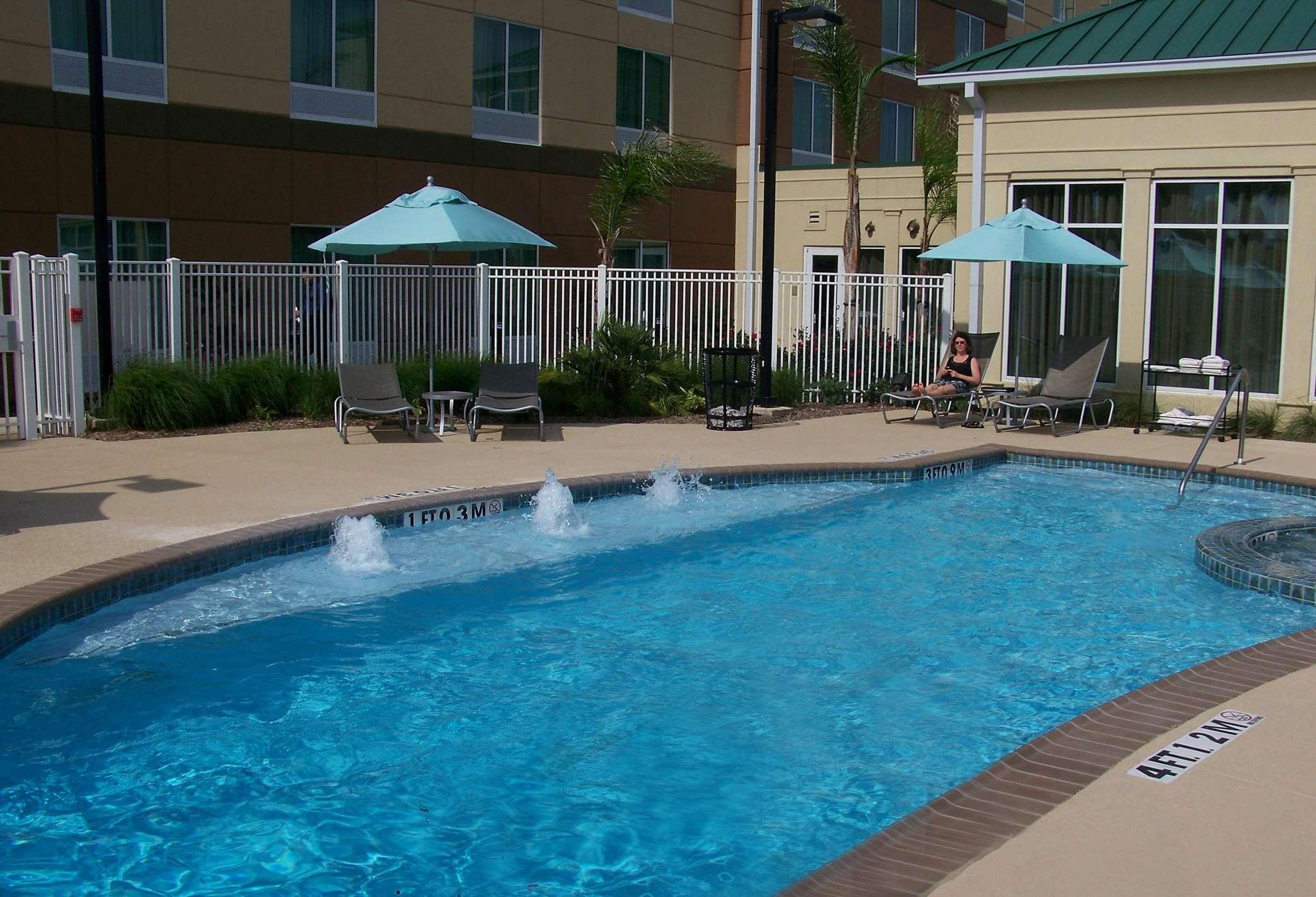 Hilton Garden Inn Houston-Pearland image 3