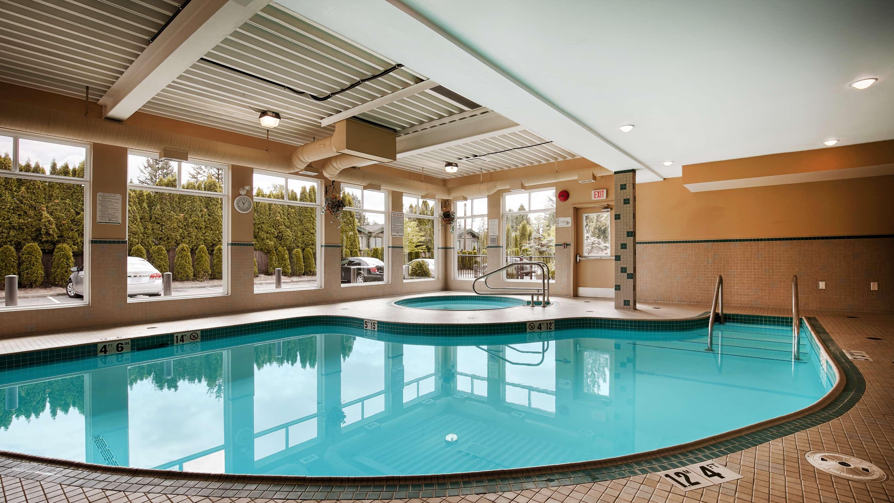 Best Western Maple Ridge Hotel in Maple Ridge: Indoor Pool