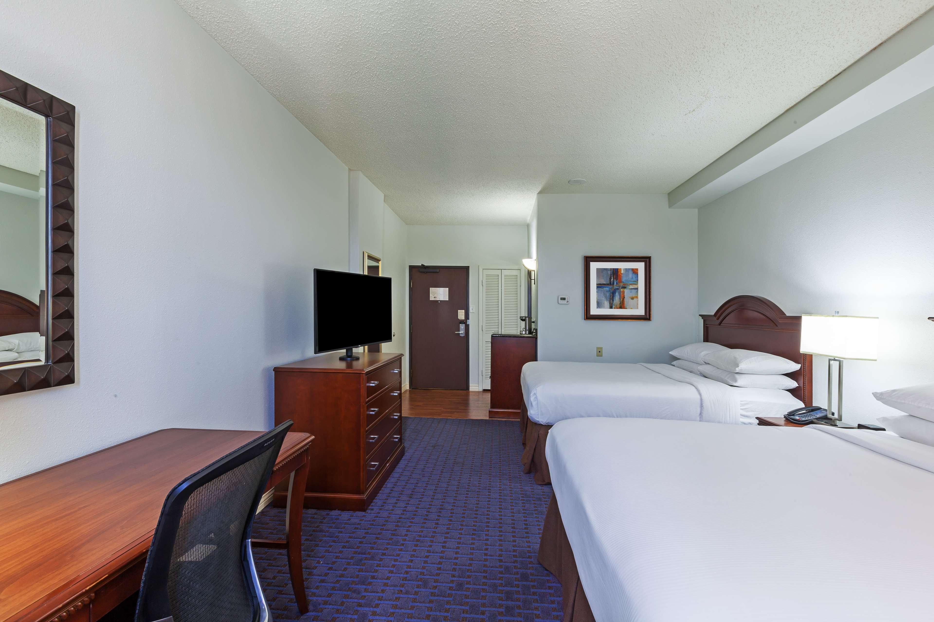 Hilton Waco image 45