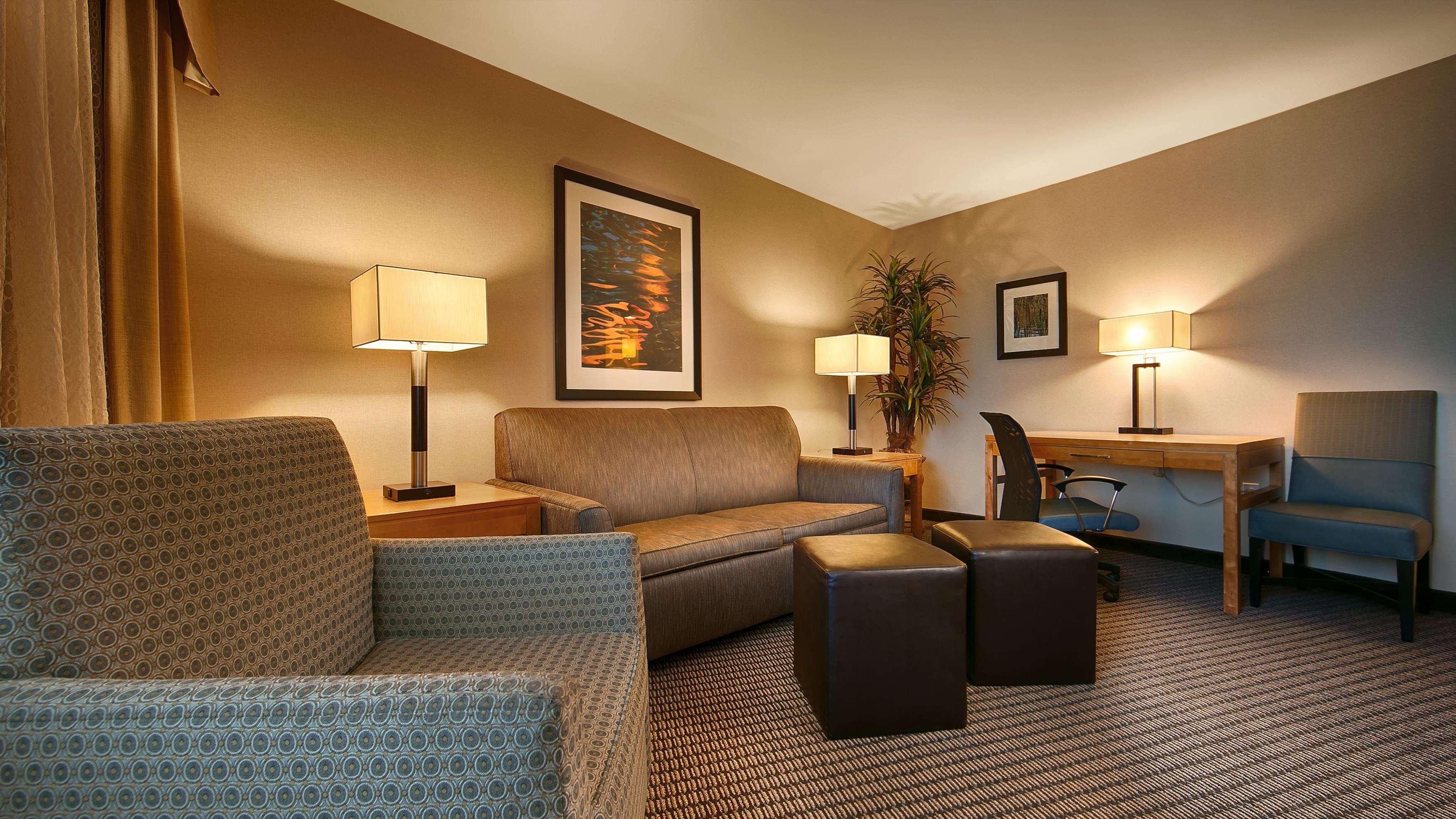 Best Western Plus Marina Gateway Hotel image 7
