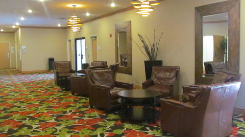 Holiday Inn Express & Suites Lexington image 4