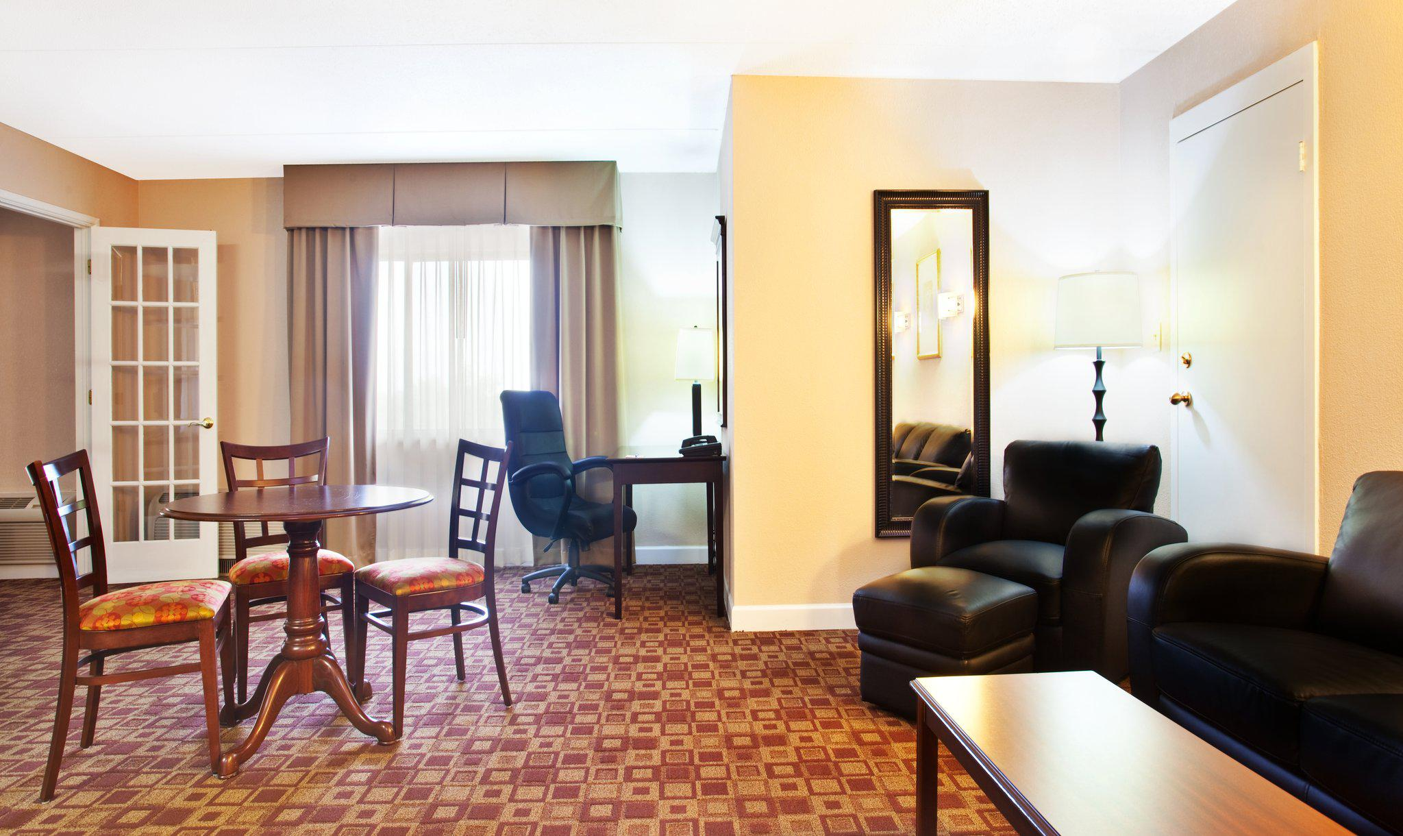 Holiday Inn Express Rolling Mdws-Schaumburg Area in Rolling Meadows, IL, photo #27