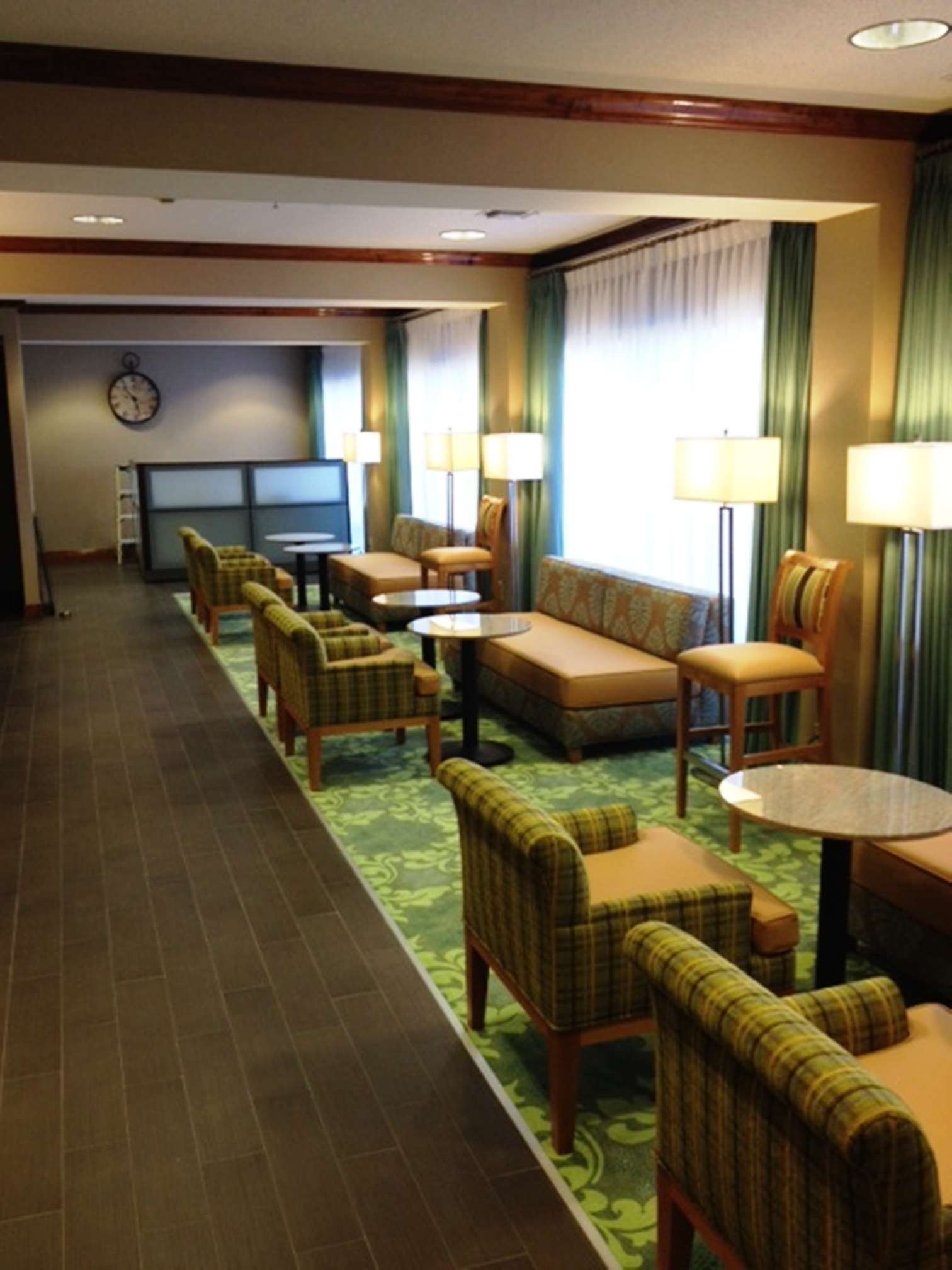 Hampton Inn Covington image 5