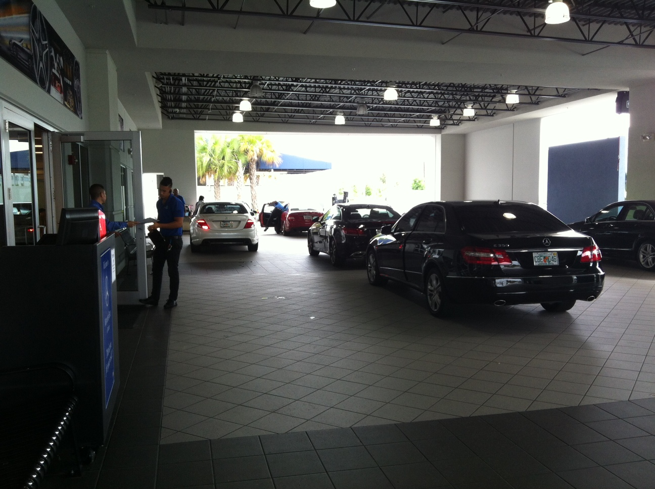 Mercedes benz of miami miami fl company profile for Mercedes benz dealer miami fl