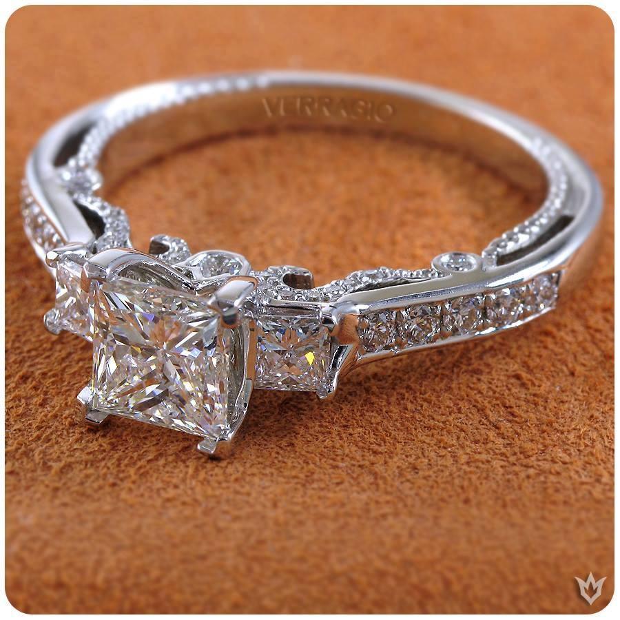 Emerald Lady Jewelry image 2