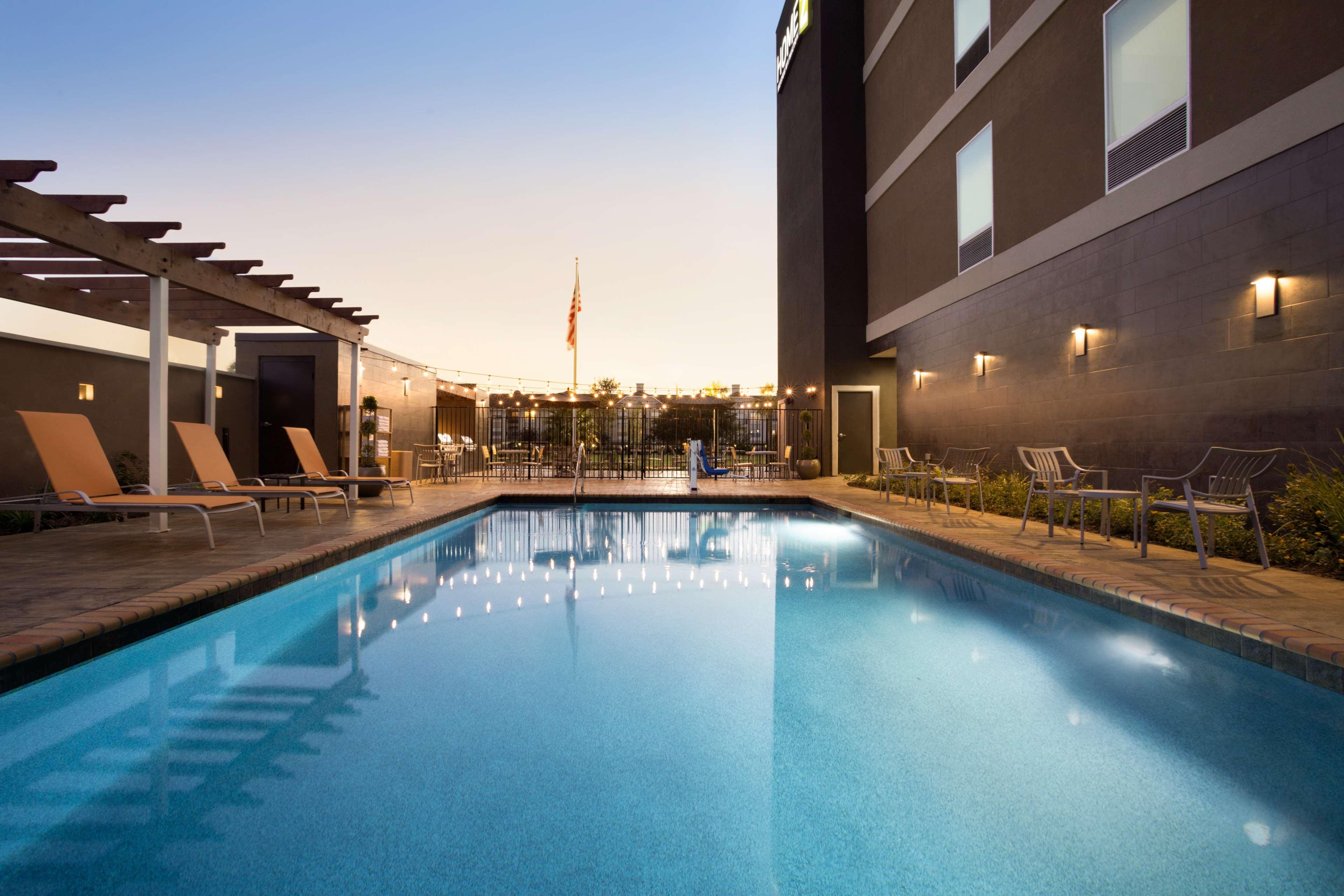 Home2 Suites by Hilton Houston/Webster image 4