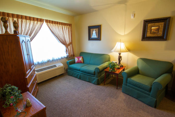 River Woods Place image 14