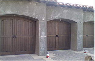 Efrain's Garage Doors image 2