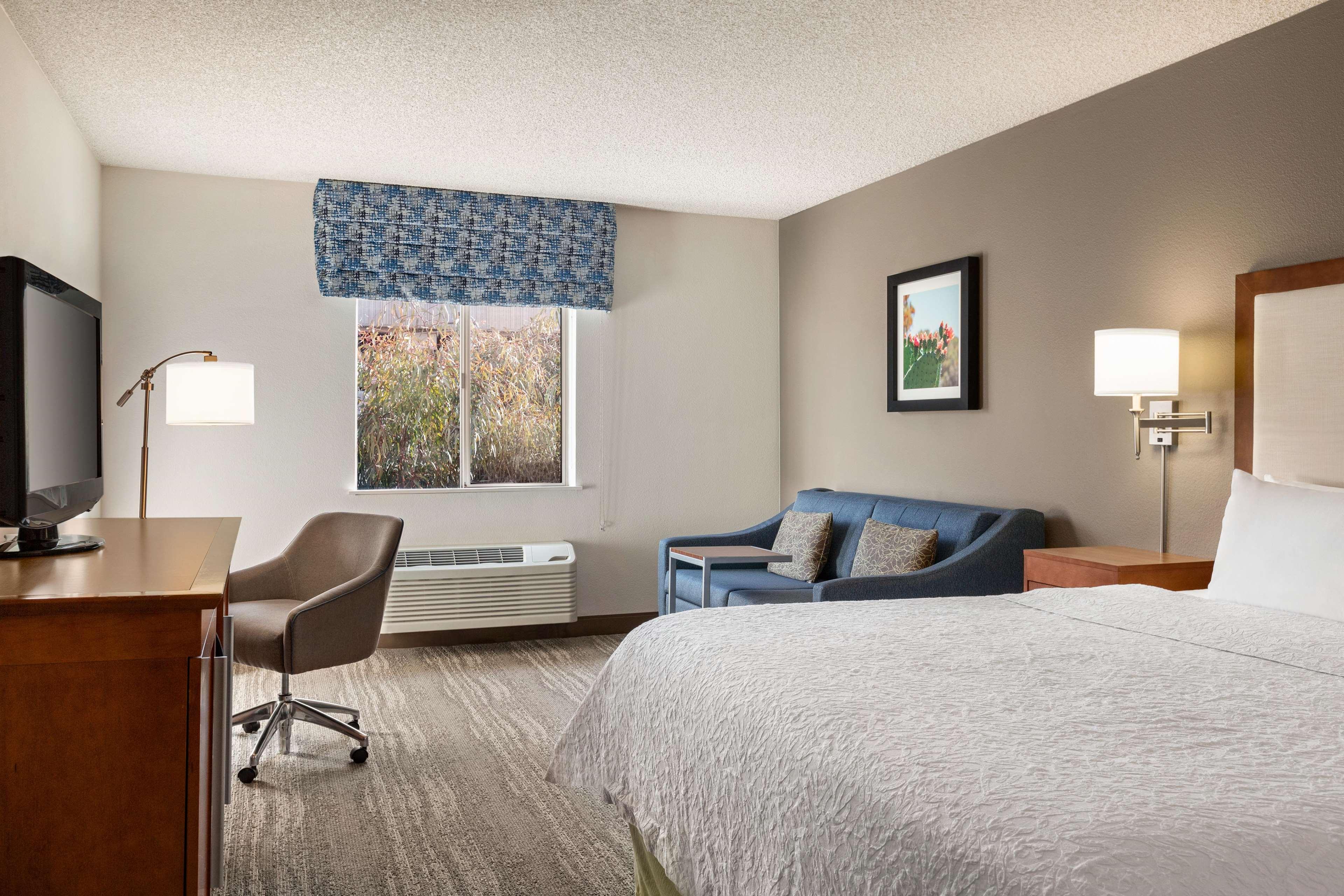 Hampton Inn Phoenix-Midtown-Downtown Area image 15